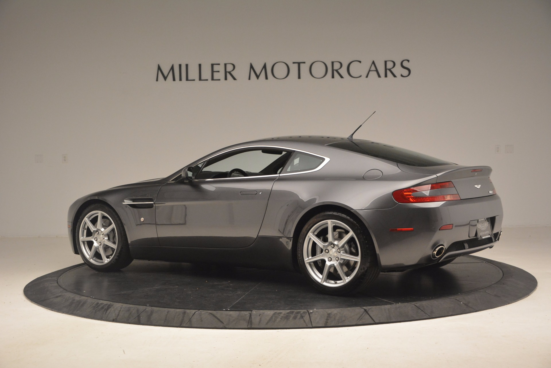 Used 2006 Aston Martin V8 Vantage Coupe  For Sale In Westport, CT 1180_p4