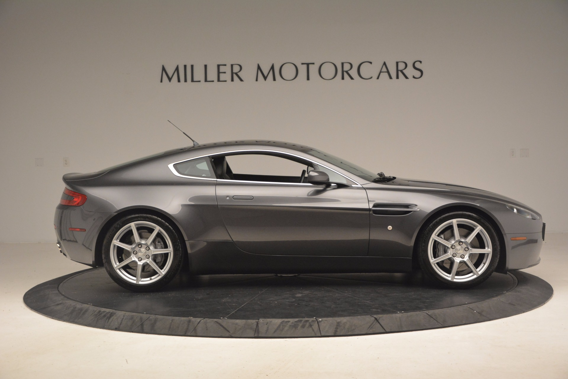 Used 2006 Aston Martin V8 Vantage Coupe  For Sale In Westport, CT 1180_p9