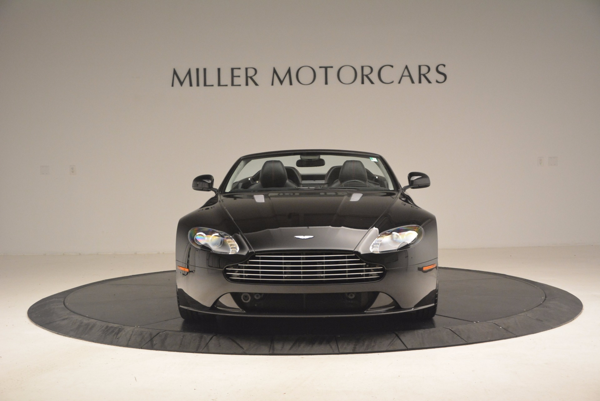 Used 2012 Aston Martin V8 Vantage S Roadster For Sale In Westport, CT 1181_p12