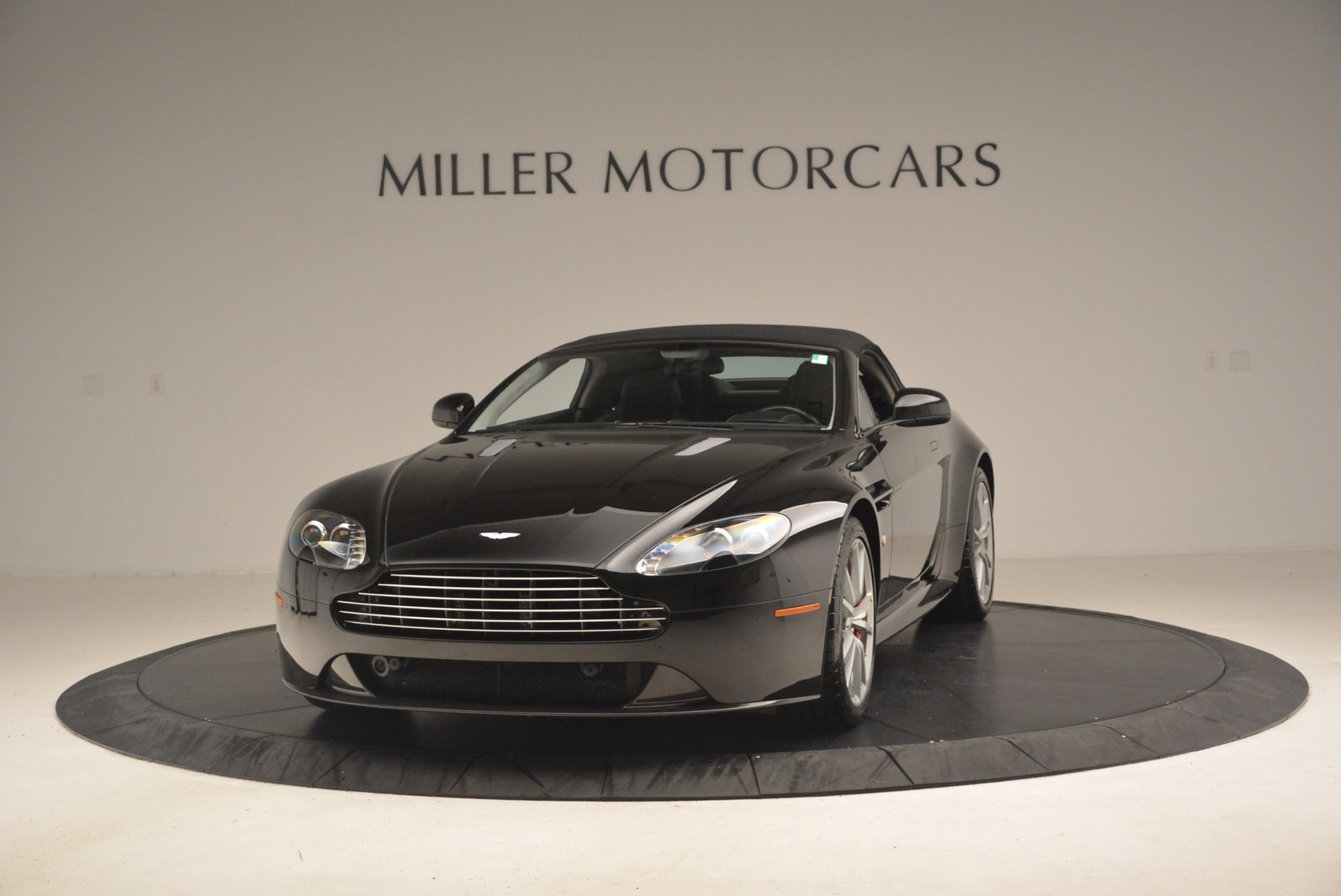 Used 2012 Aston Martin V8 Vantage S Roadster For Sale In Westport, CT 1181_p13