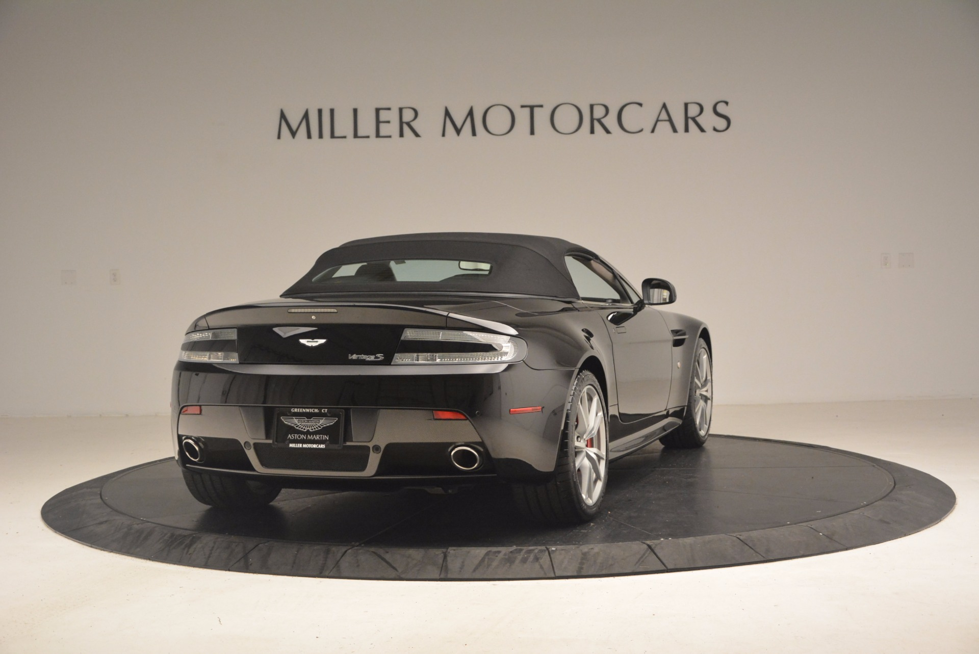 Used 2012 Aston Martin V8 Vantage S Roadster For Sale In Westport, CT 1181_p19