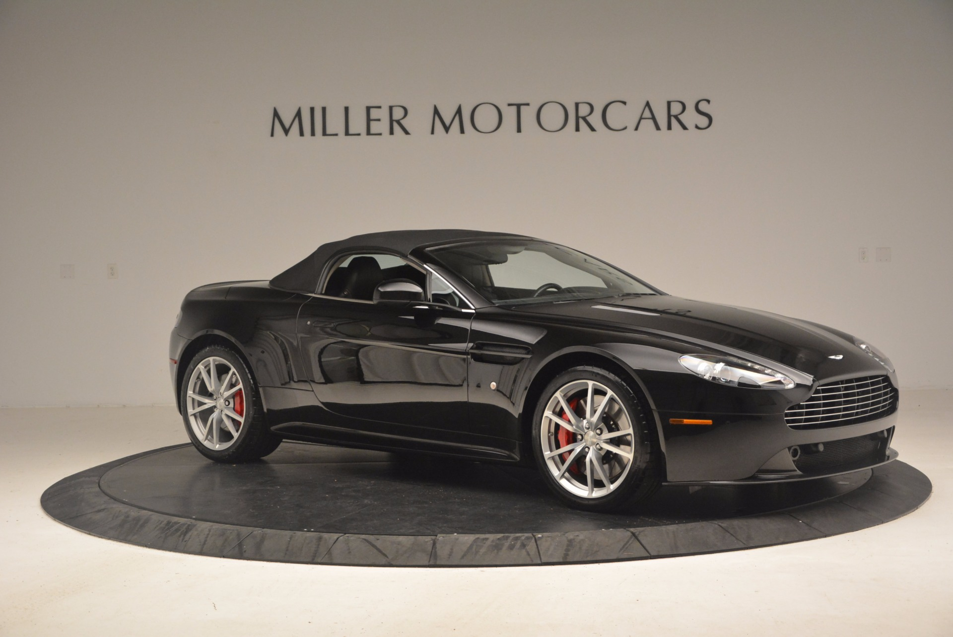 Used 2012 Aston Martin V8 Vantage S Roadster For Sale In Westport, CT 1181_p22