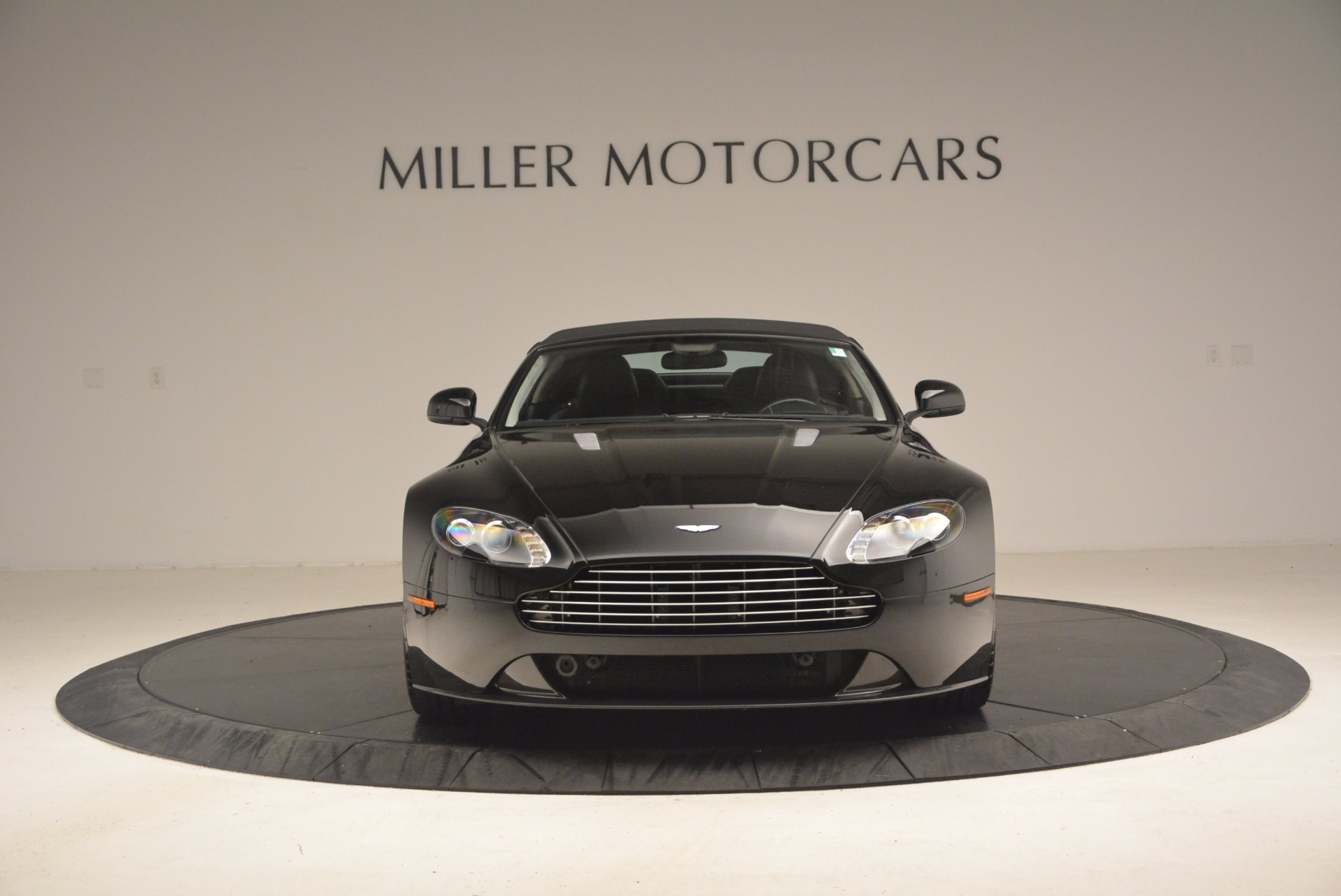 Used 2012 Aston Martin V8 Vantage S Roadster For Sale In Westport, CT 1181_p24