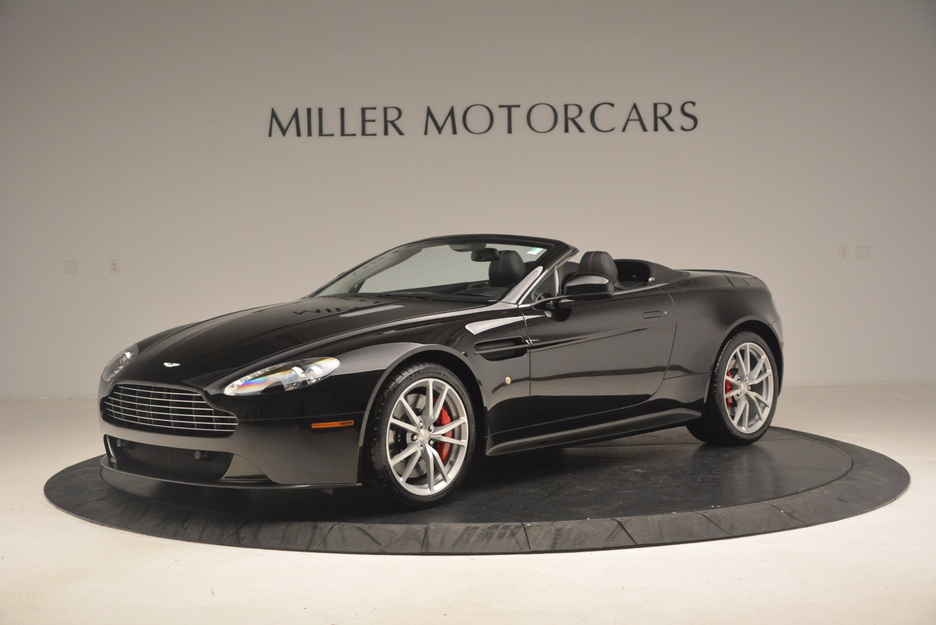 Used 2012 Aston Martin V8 Vantage S Roadster For Sale In Westport, CT 1181_p2