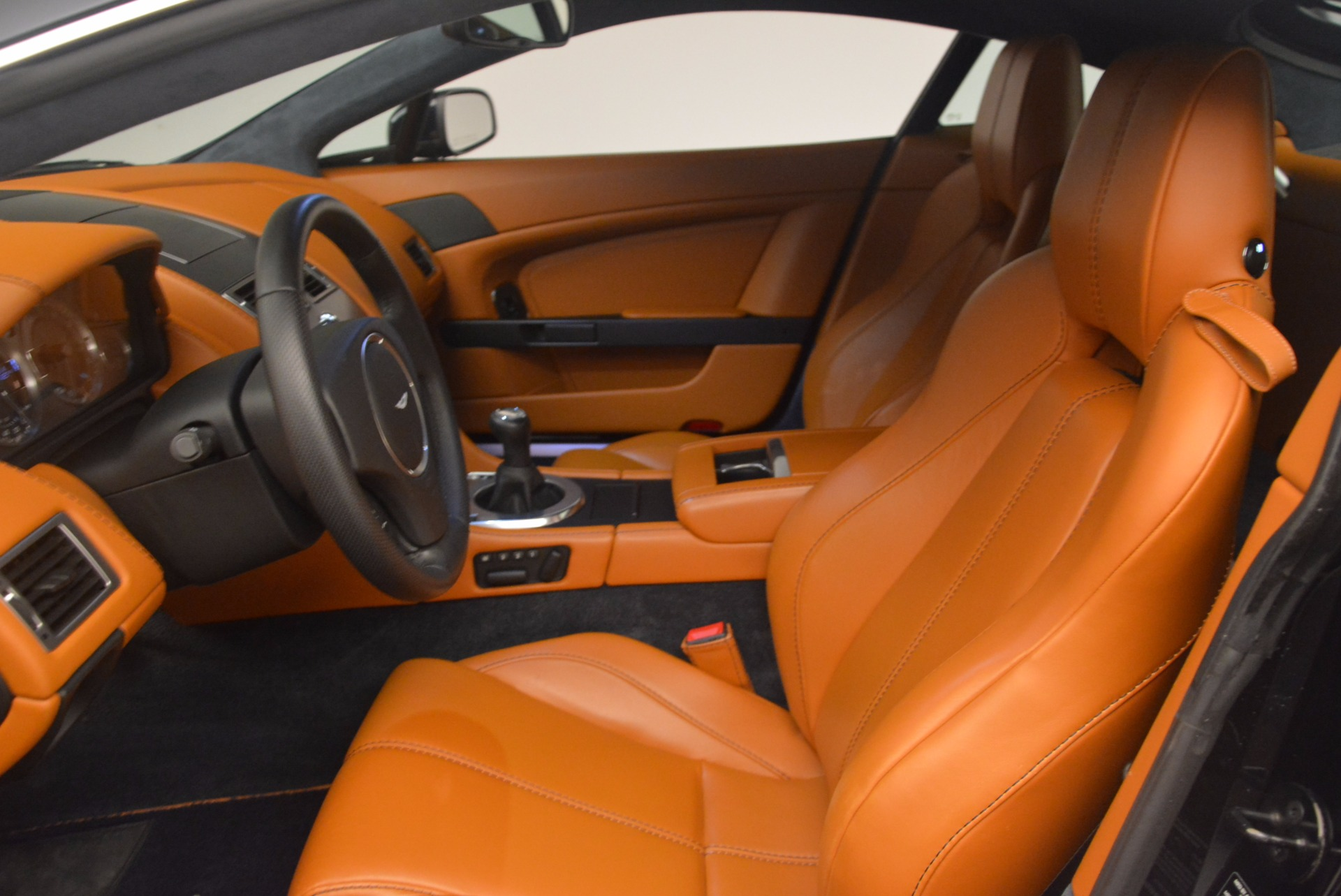Used 2009 Aston Martin V8 Vantage  For Sale In Westport, CT 1183_p13