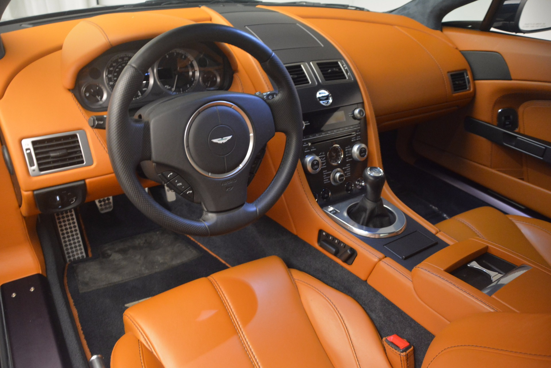 Used 2009 Aston Martin V8 Vantage  For Sale In Westport, CT 1183_p15