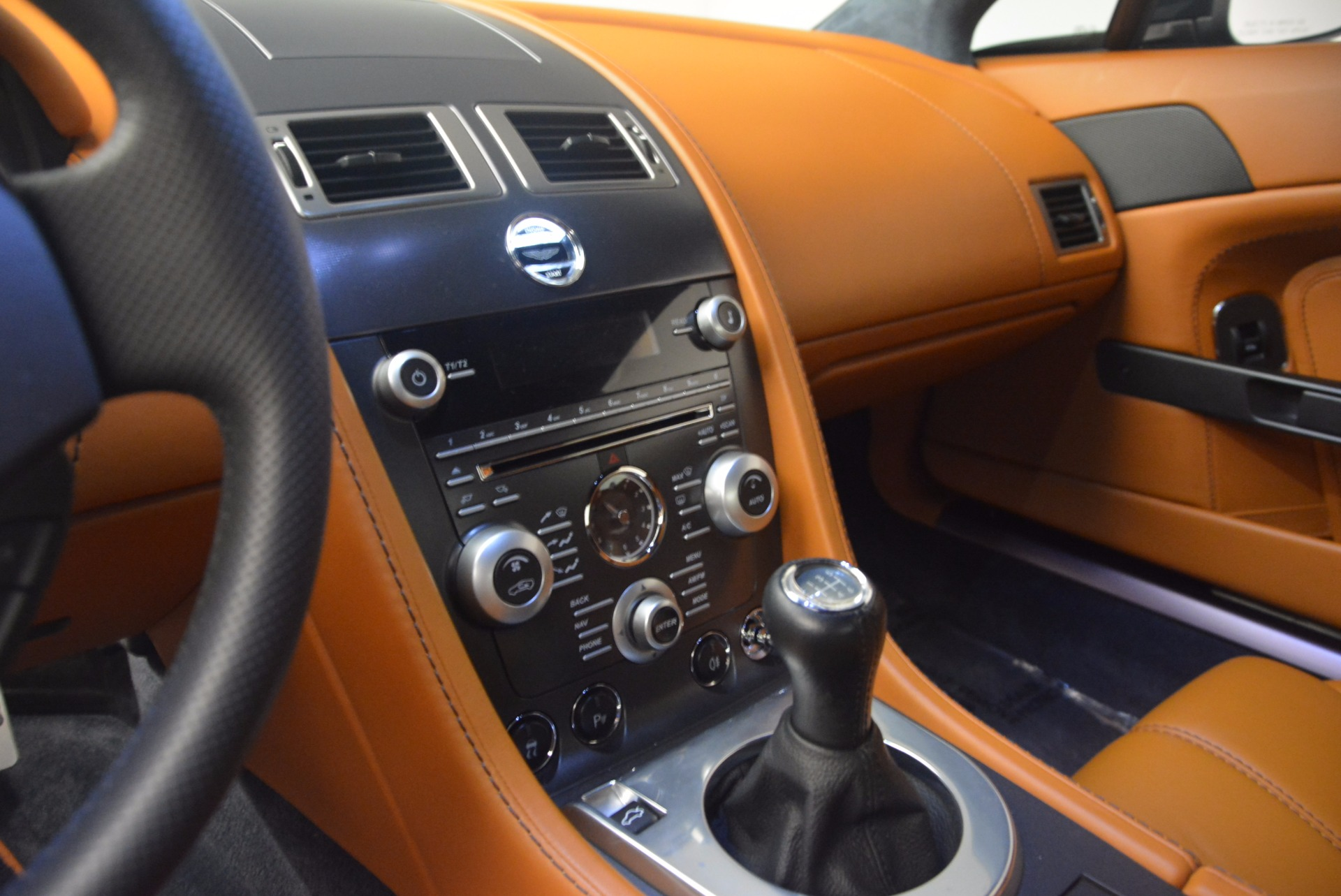 Used 2009 Aston Martin V8 Vantage  For Sale In Westport, CT 1183_p17