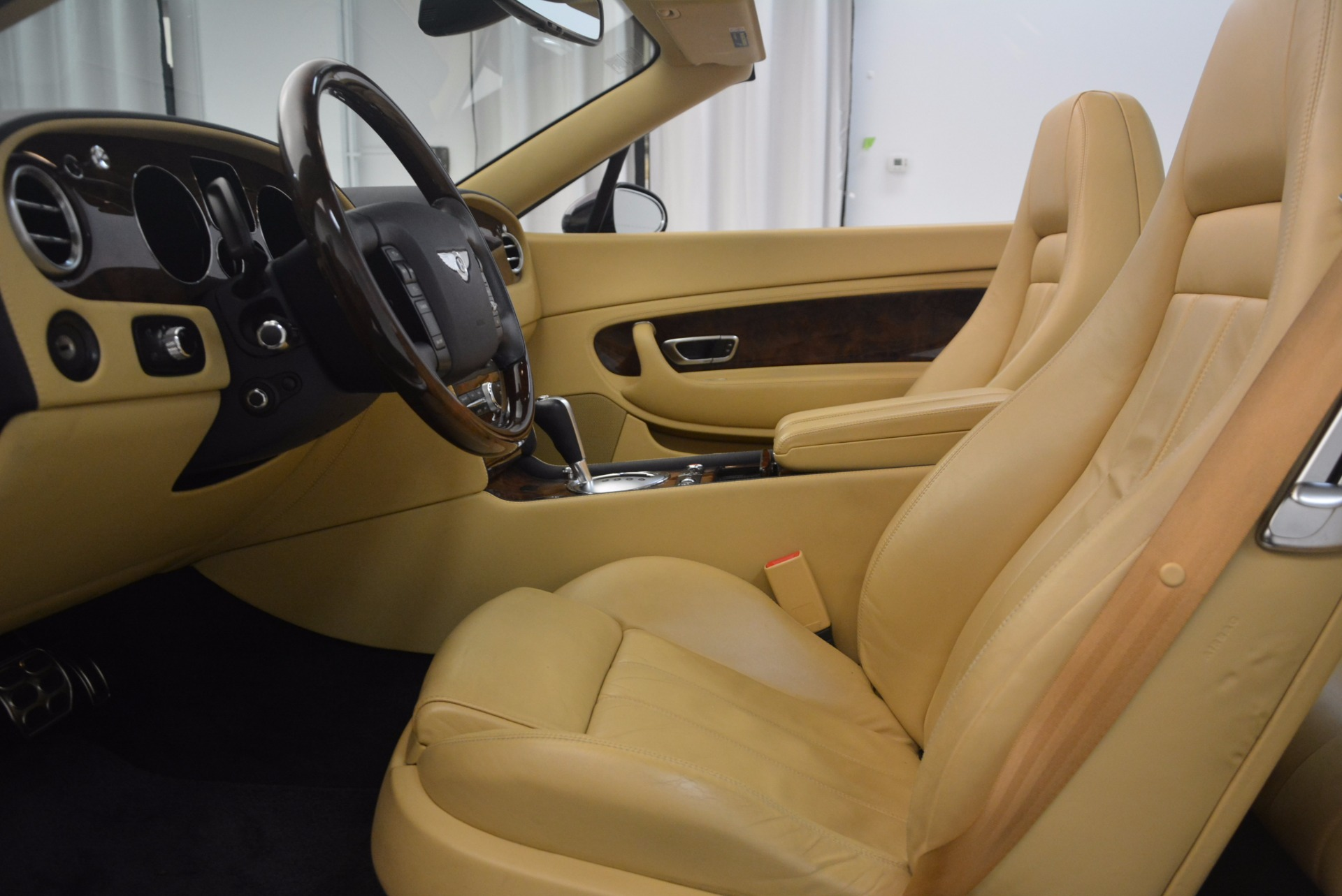 Used 2007 Bentley Continental GTC  For Sale In Westport, CT 1186_p36