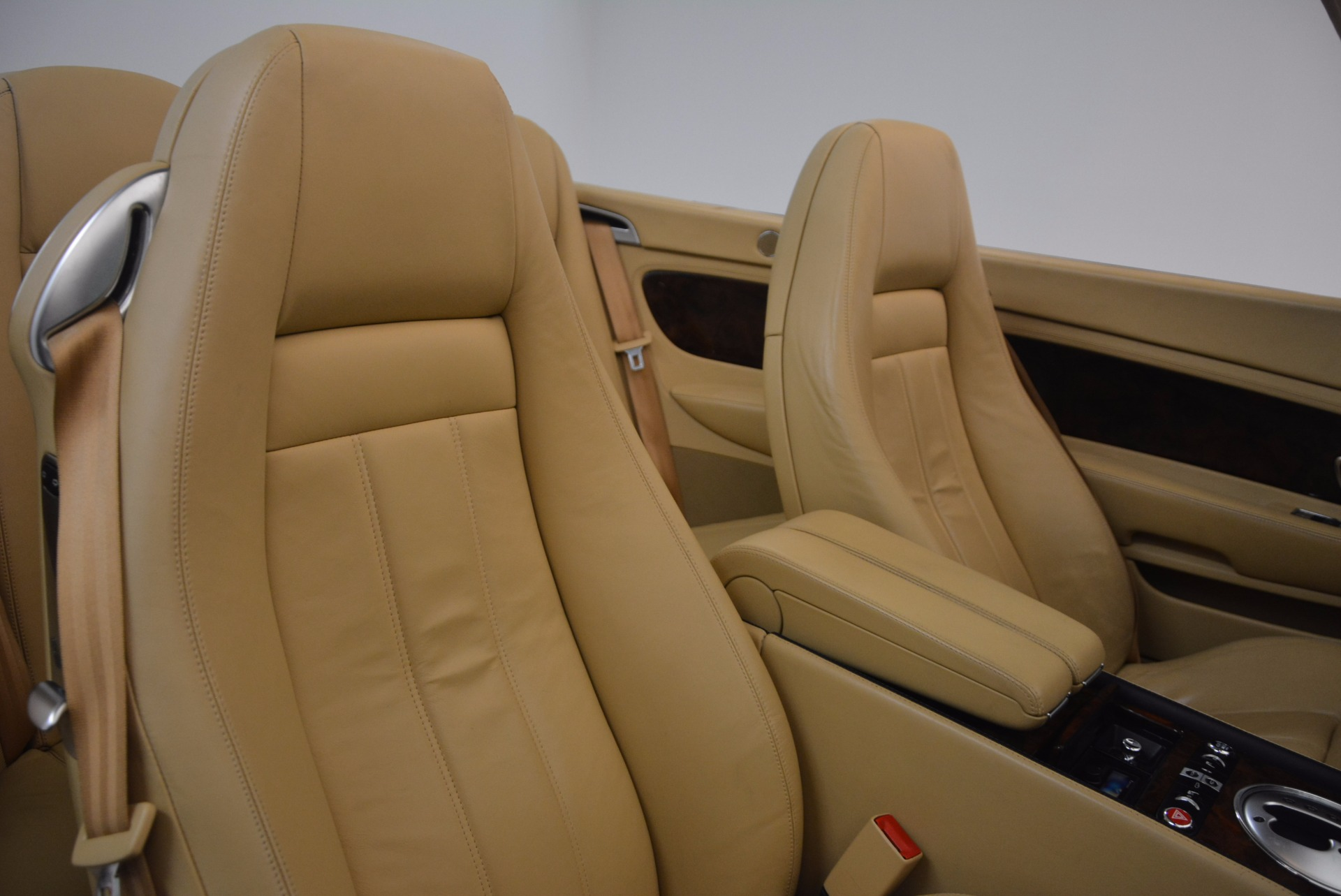 Used 2007 Bentley Continental GTC  For Sale In Westport, CT 1186_p50
