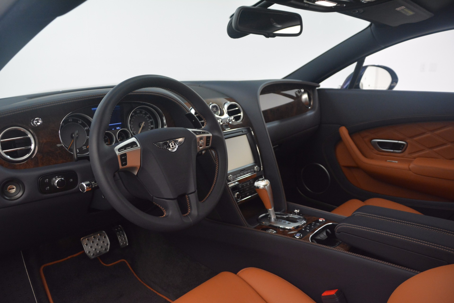 Used 2014 Bentley Continental GT V8 For Sale In Westport, CT 1187_p24