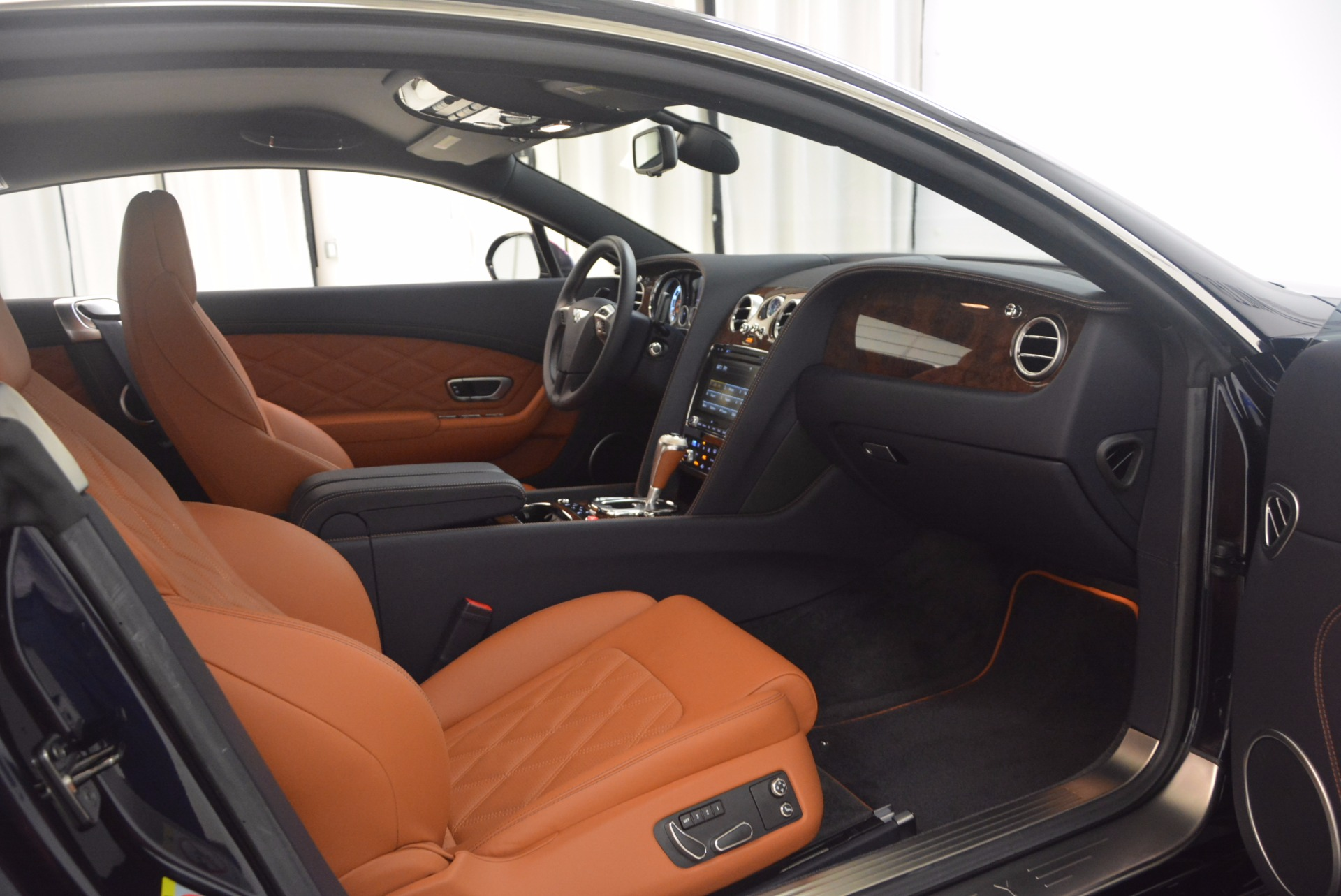 Used 2014 Bentley Continental GT V8 For Sale In Westport, CT 1187_p31