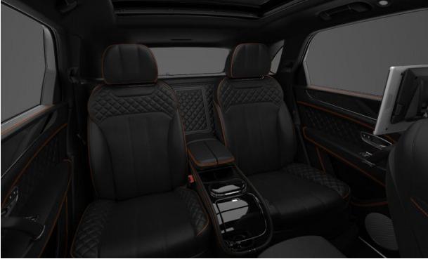 Used 2017 Bentley Bentayga  For Sale In Westport, CT 1197_p8