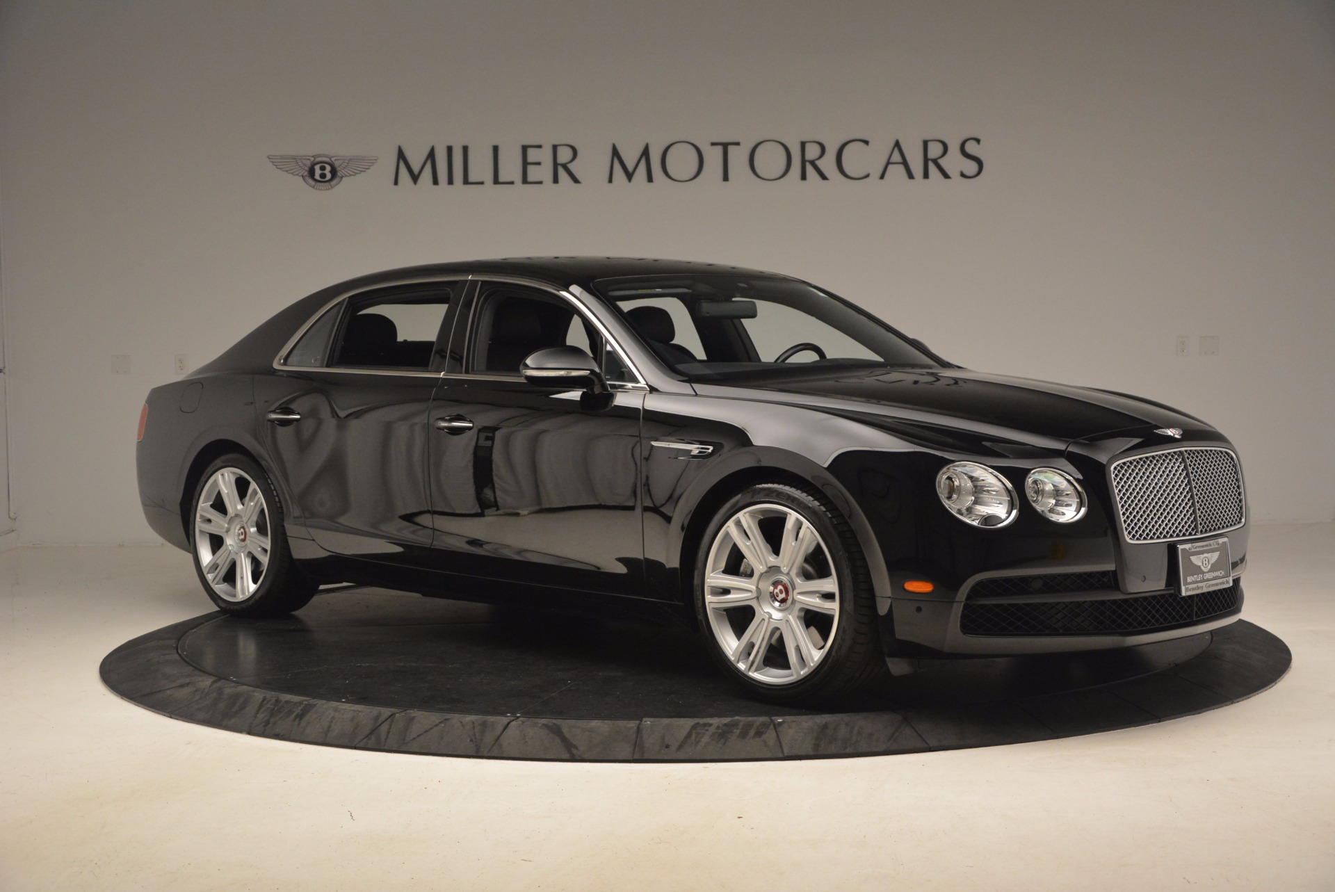 Used 2015 Bentley Flying Spur V8 For Sale In Westport, CT 1199_p10