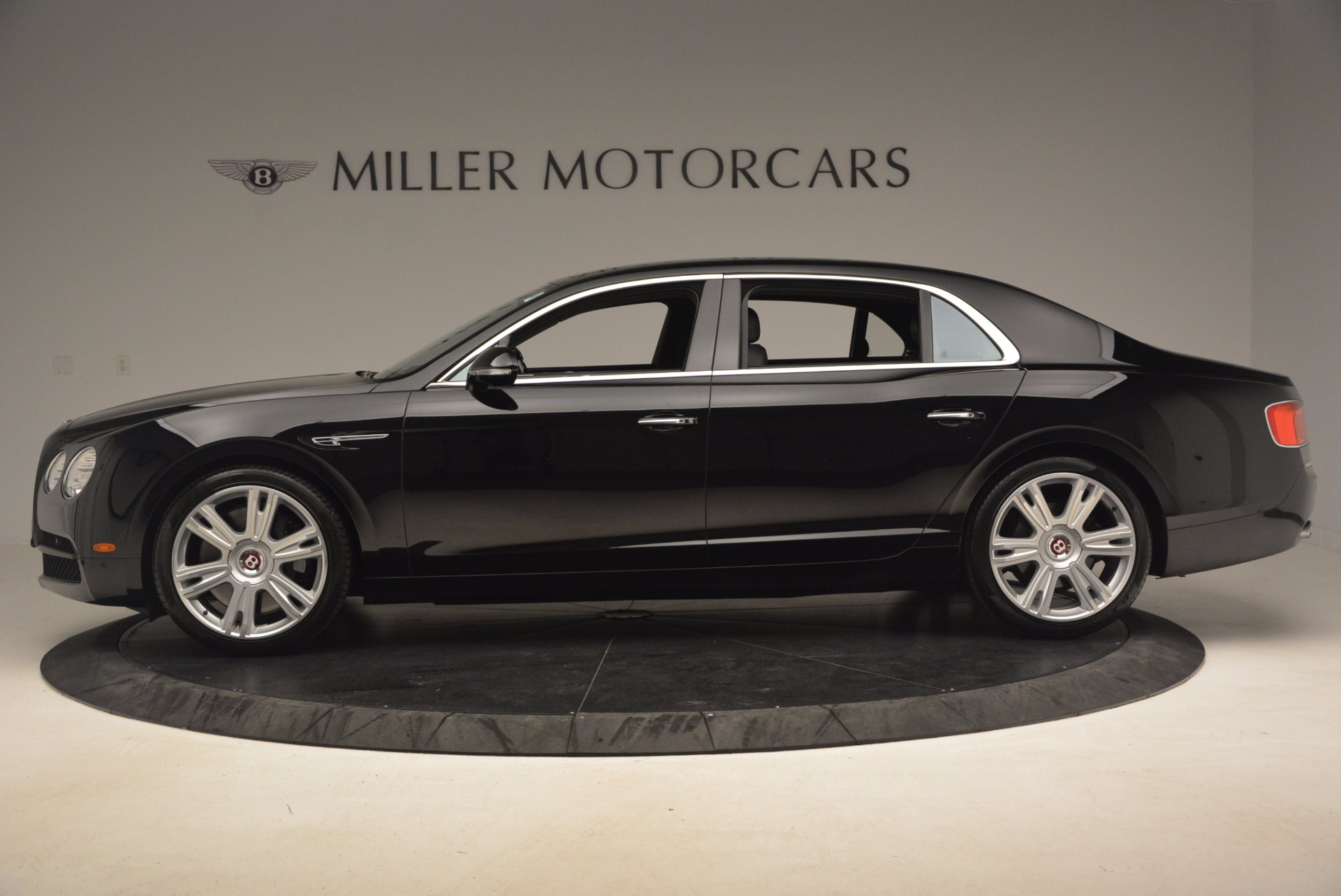 Used 2015 Bentley Flying Spur V8 For Sale In Westport, CT 1199_p3