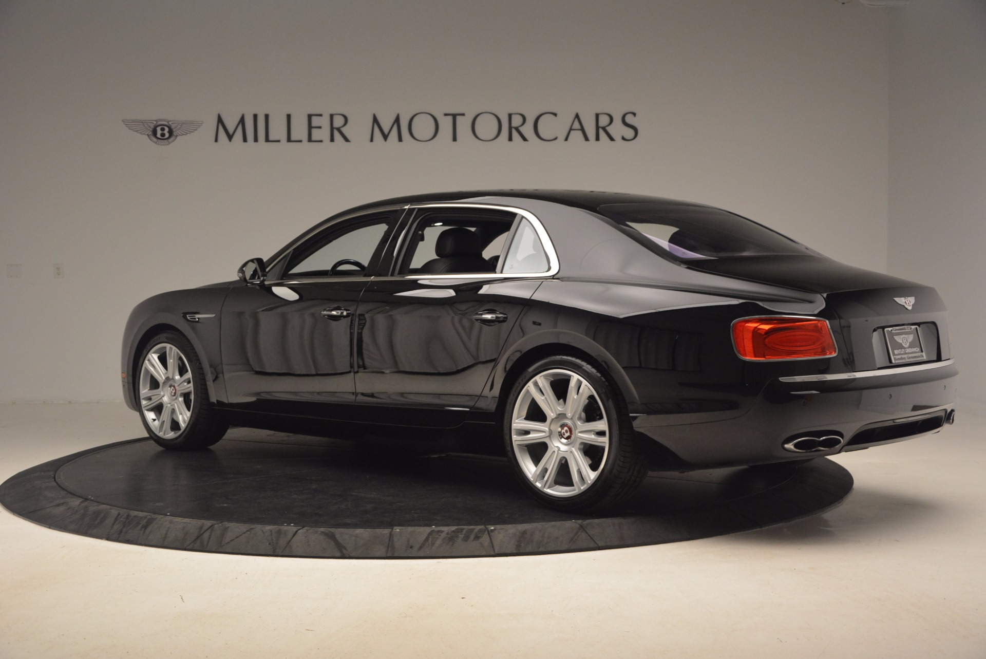 Used 2015 Bentley Flying Spur V8 For Sale In Westport, CT 1199_p4