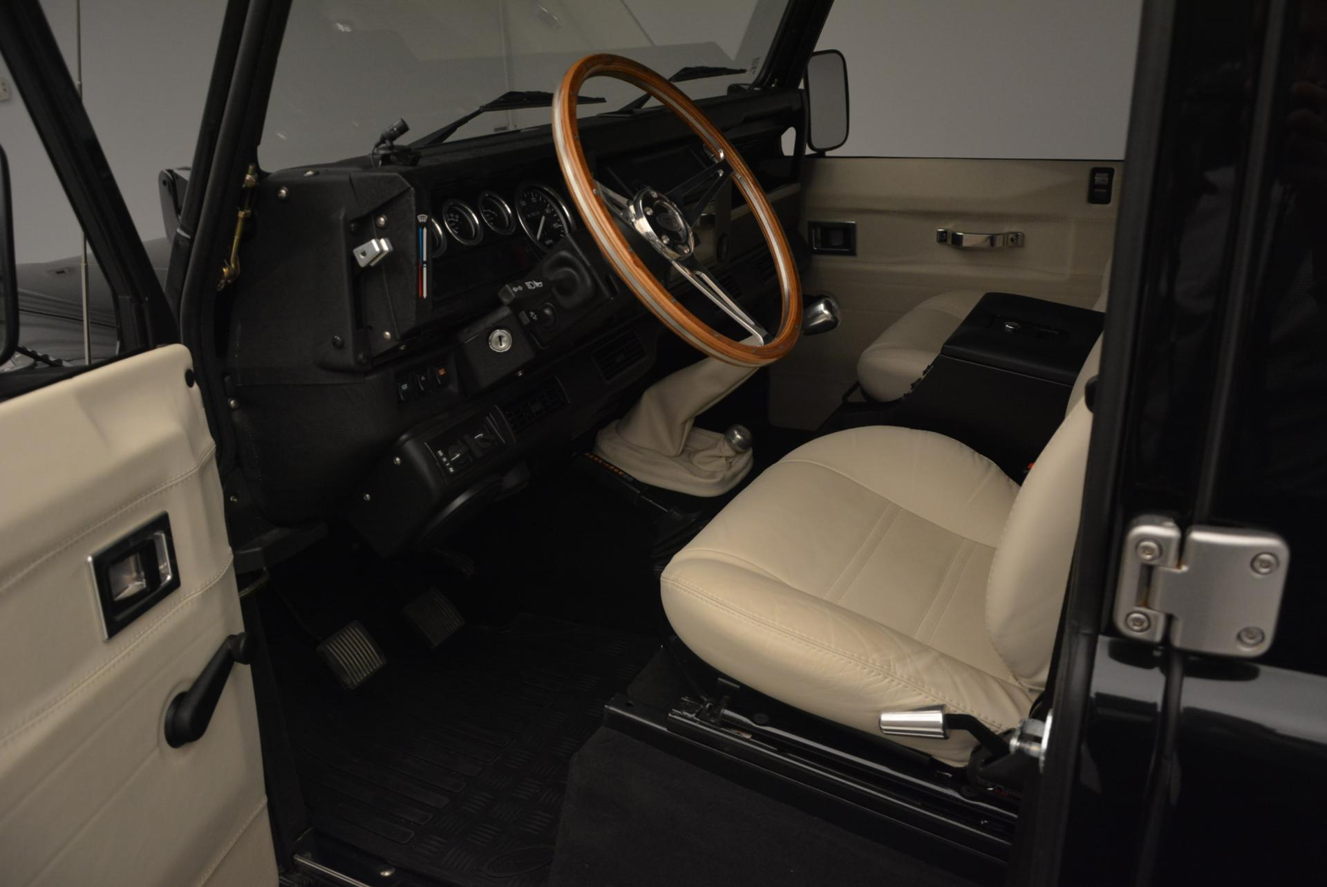 Used 1985 LAND ROVER Defender 110  For Sale In Westport, CT 120_p12