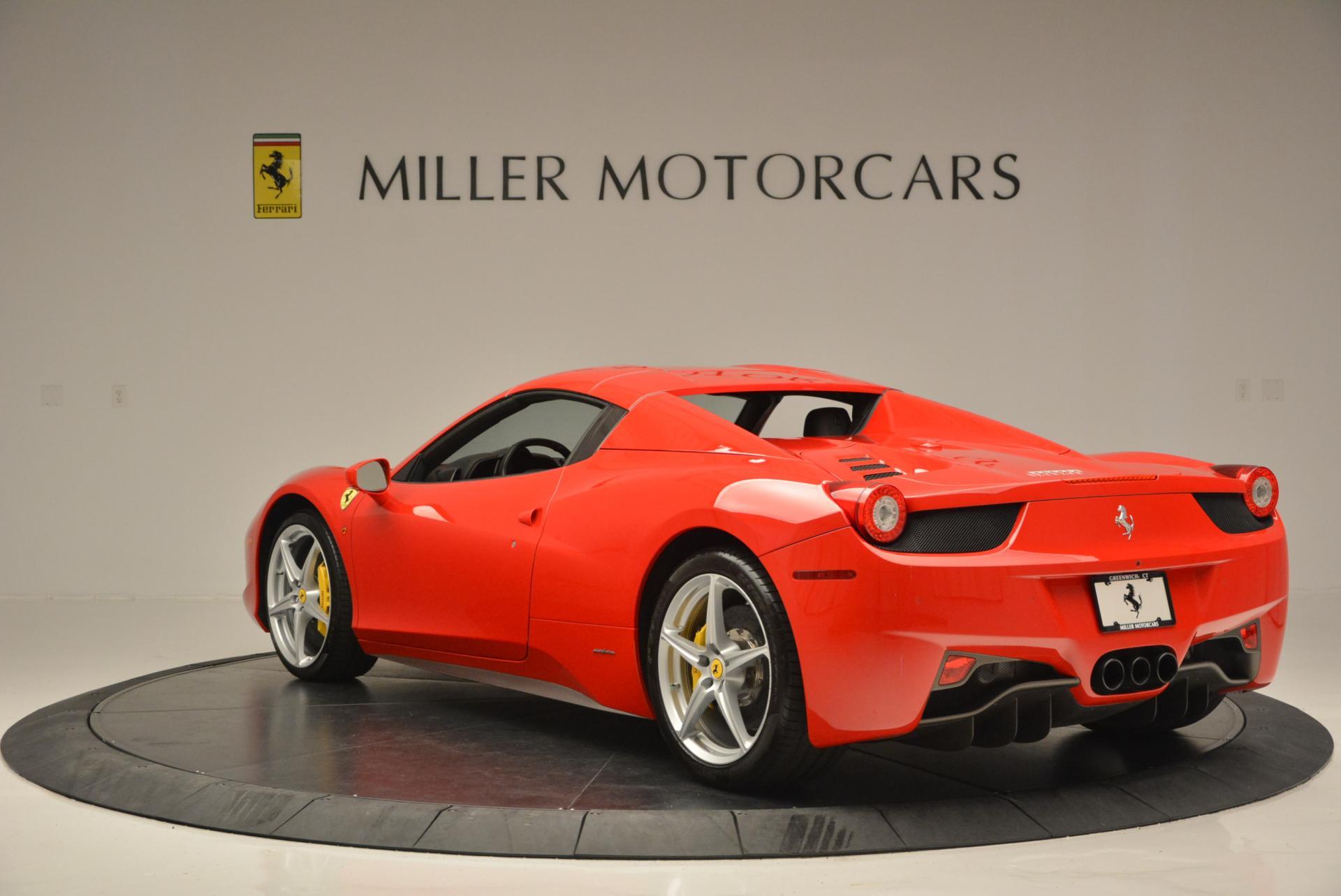 Used 2014 Ferrari 458 Spider  For Sale In Westport, CT 122_p17