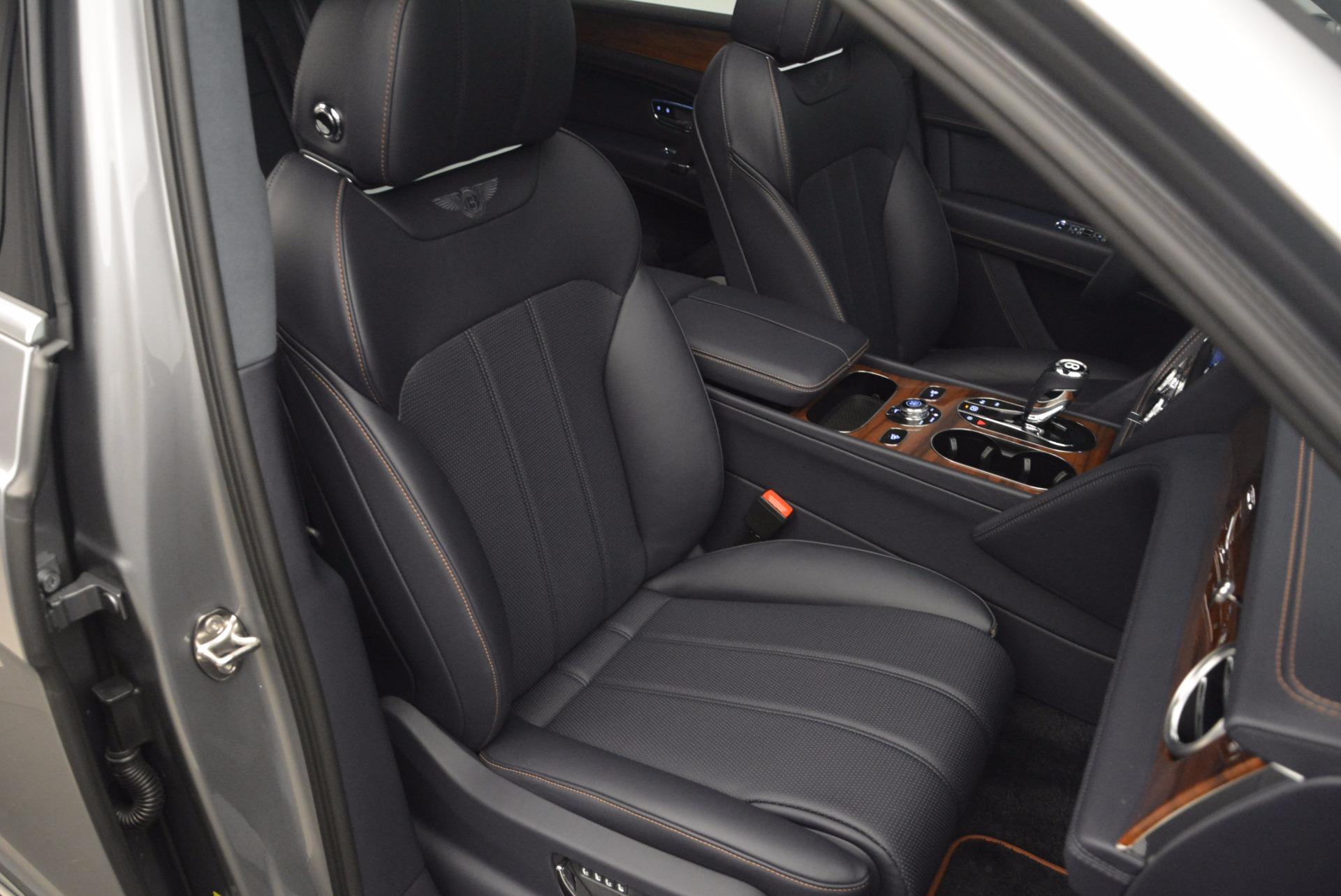 New 2018 Bentley Bentayga Onyx For Sale In Westport, CT 1220_p38