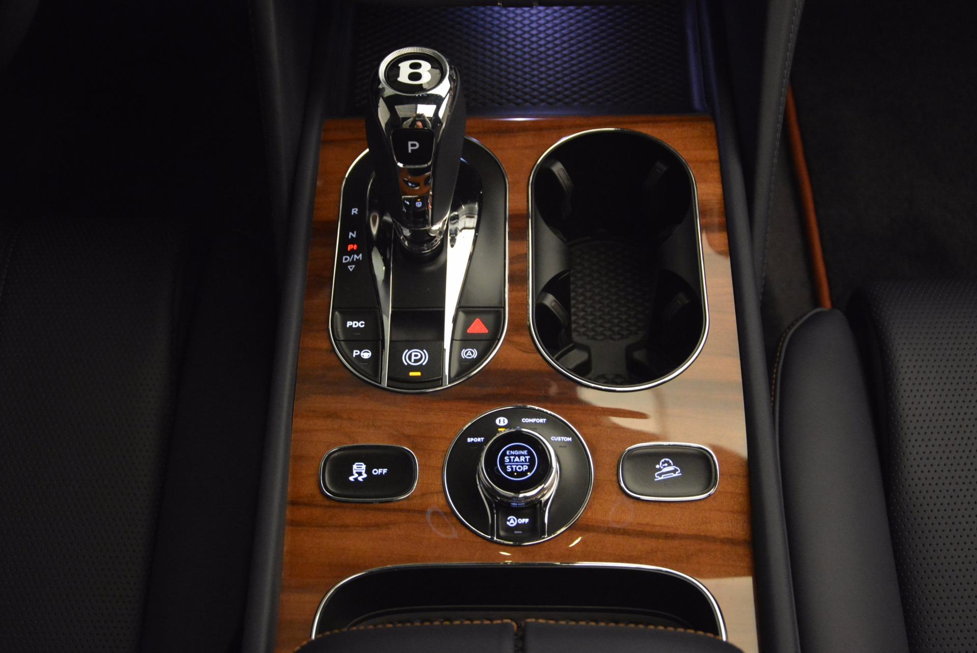 New 2018 Bentley Bentayga Onyx For Sale In Westport, CT 1220_p44
