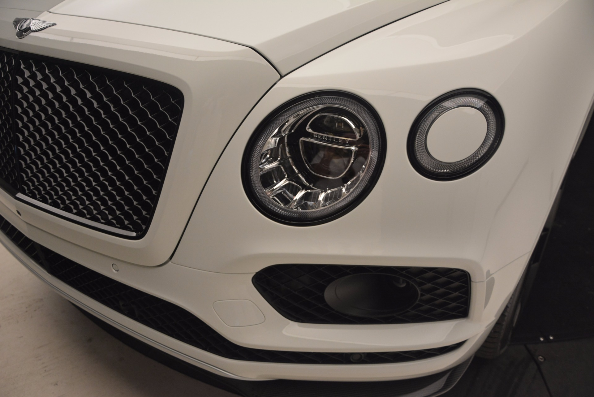 New 2018 Bentley Bentayga Black Edition For Sale In Westport, CT 1221_p17