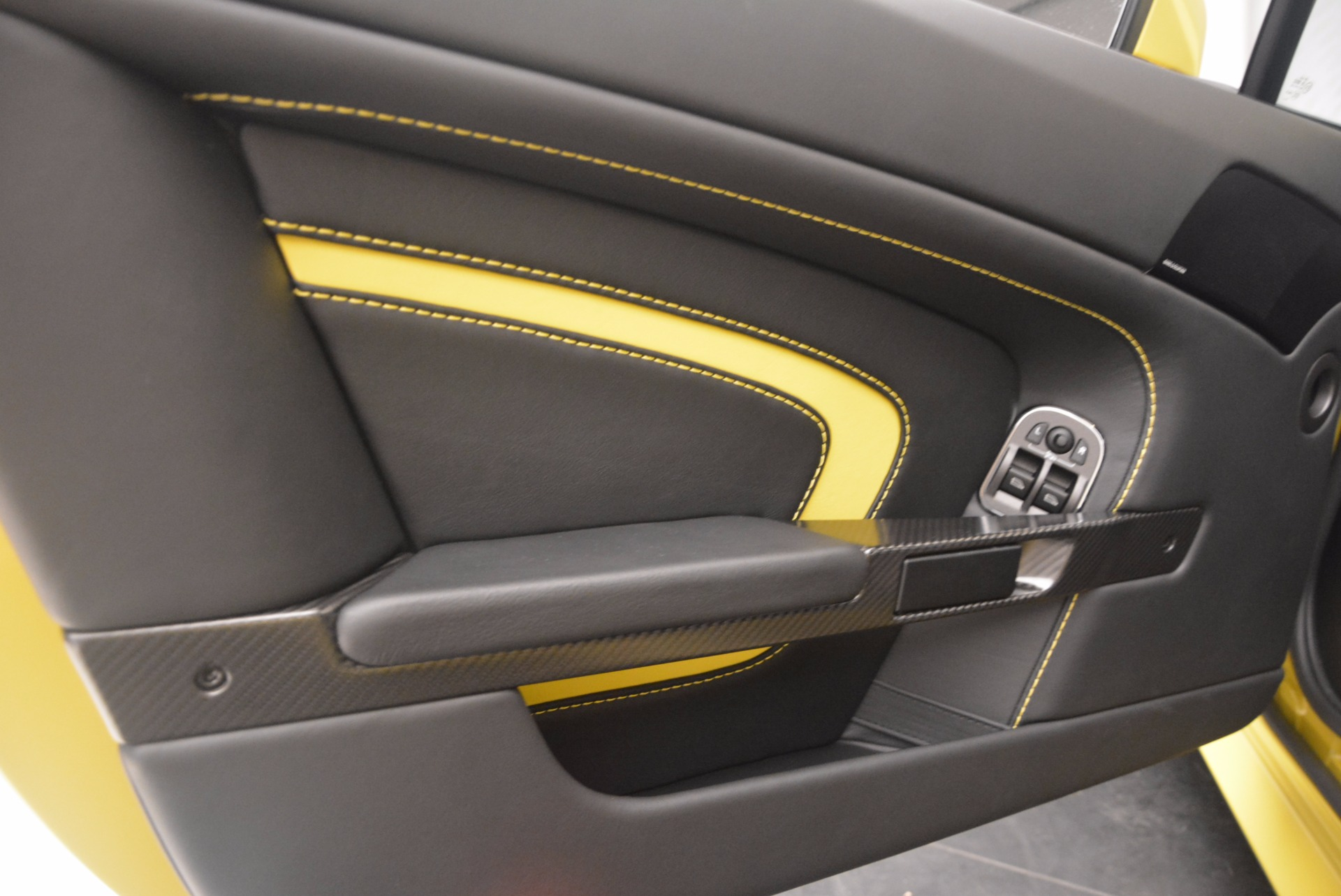 New 2017 Aston Martin V12 Vantage S  For Sale In Westport, CT 1224_p15