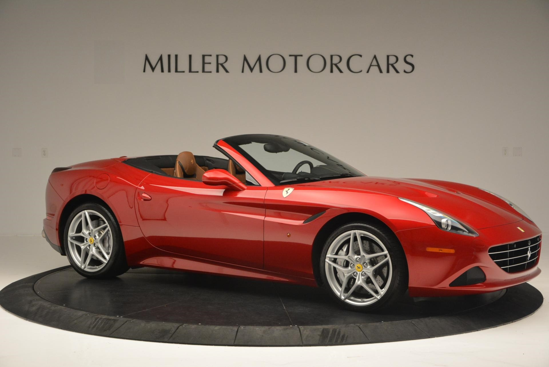 Used 2015 Ferrari California T  For Sale In Westport, CT 123_p10