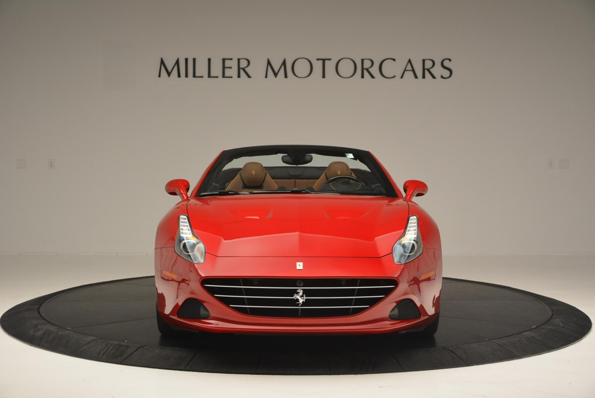 Used 2015 Ferrari California T  For Sale In Westport, CT 123_p12