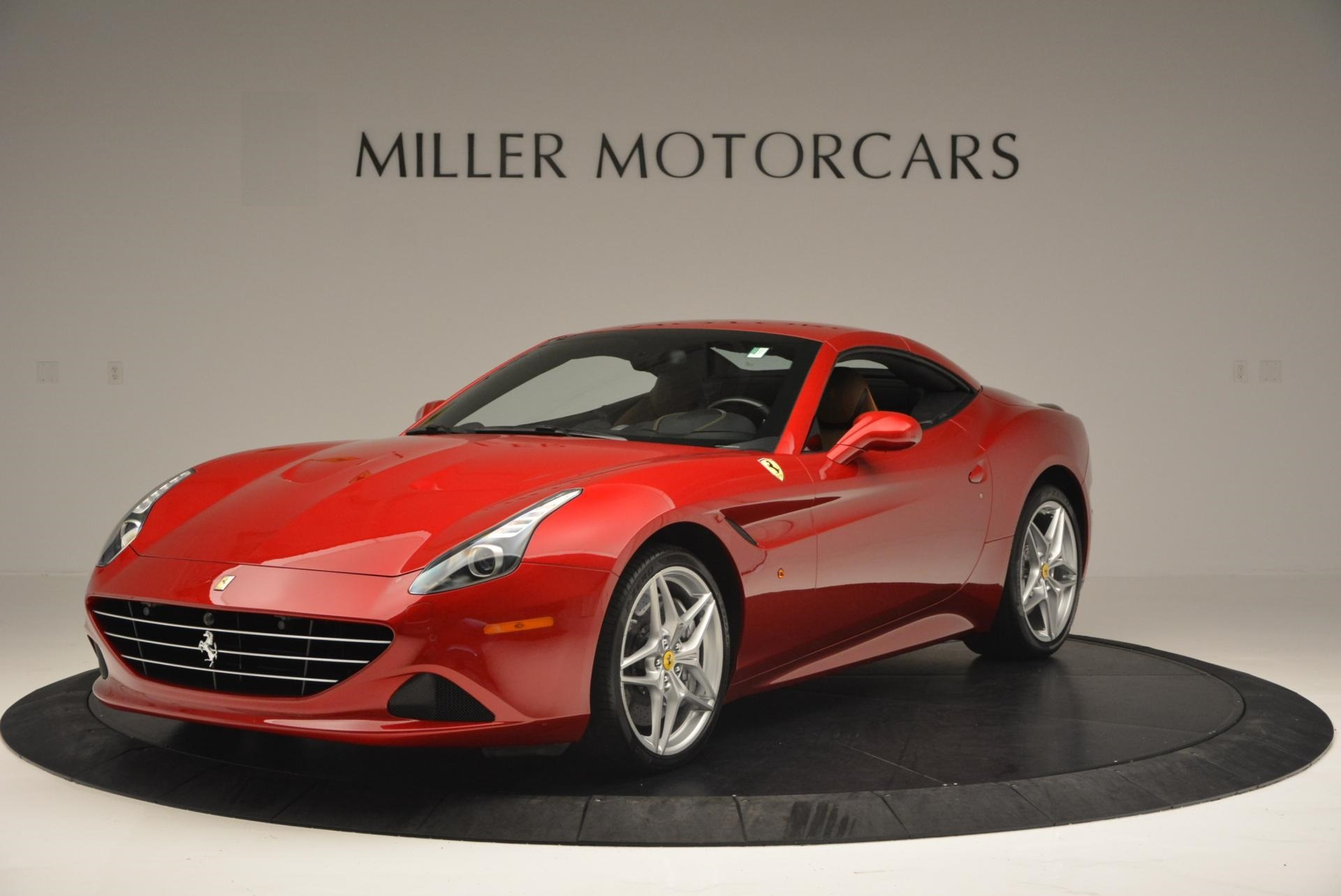 Used 2015 Ferrari California T  For Sale In Westport, CT 123_p13