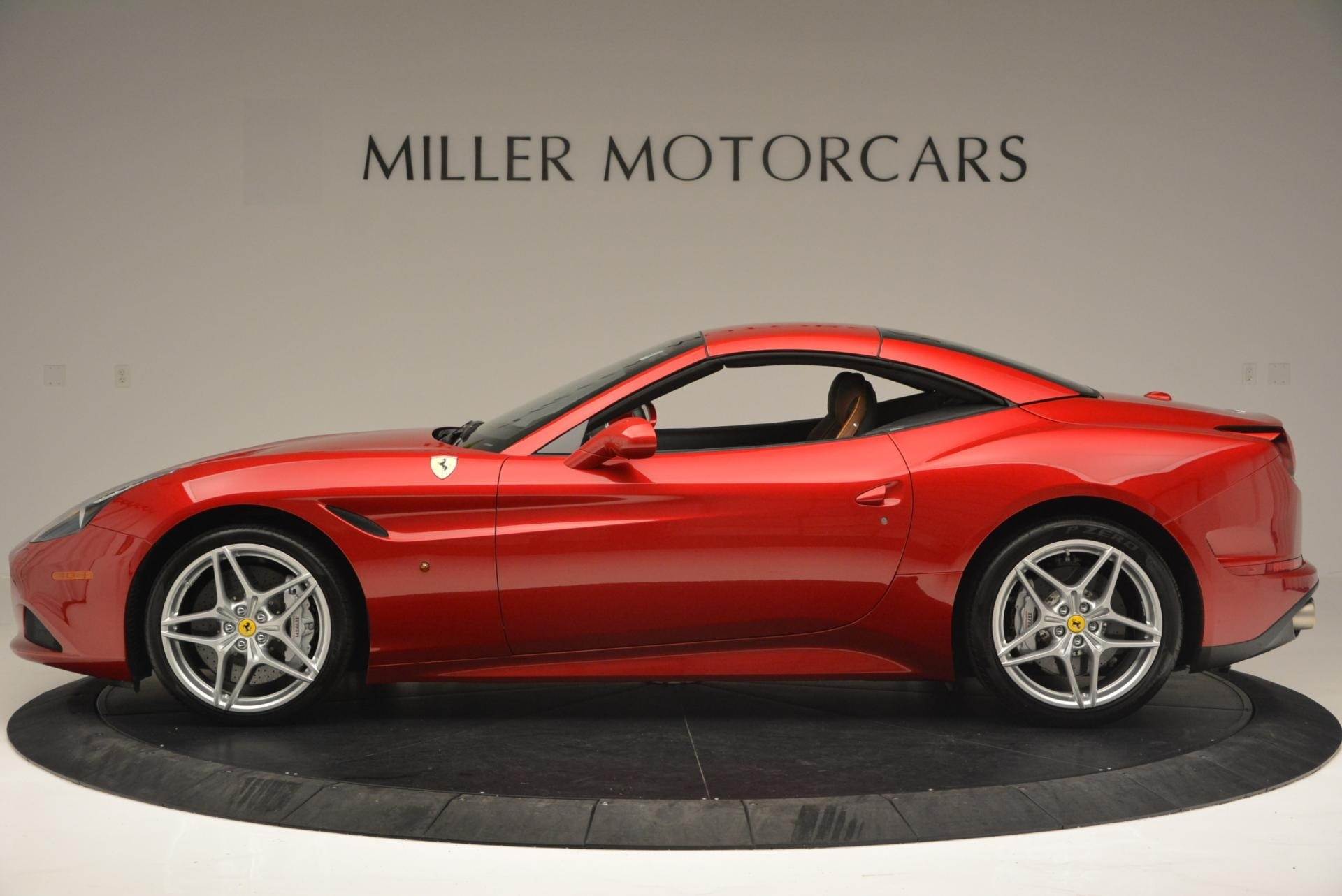 Used 2015 Ferrari California T  For Sale In Westport, CT 123_p15