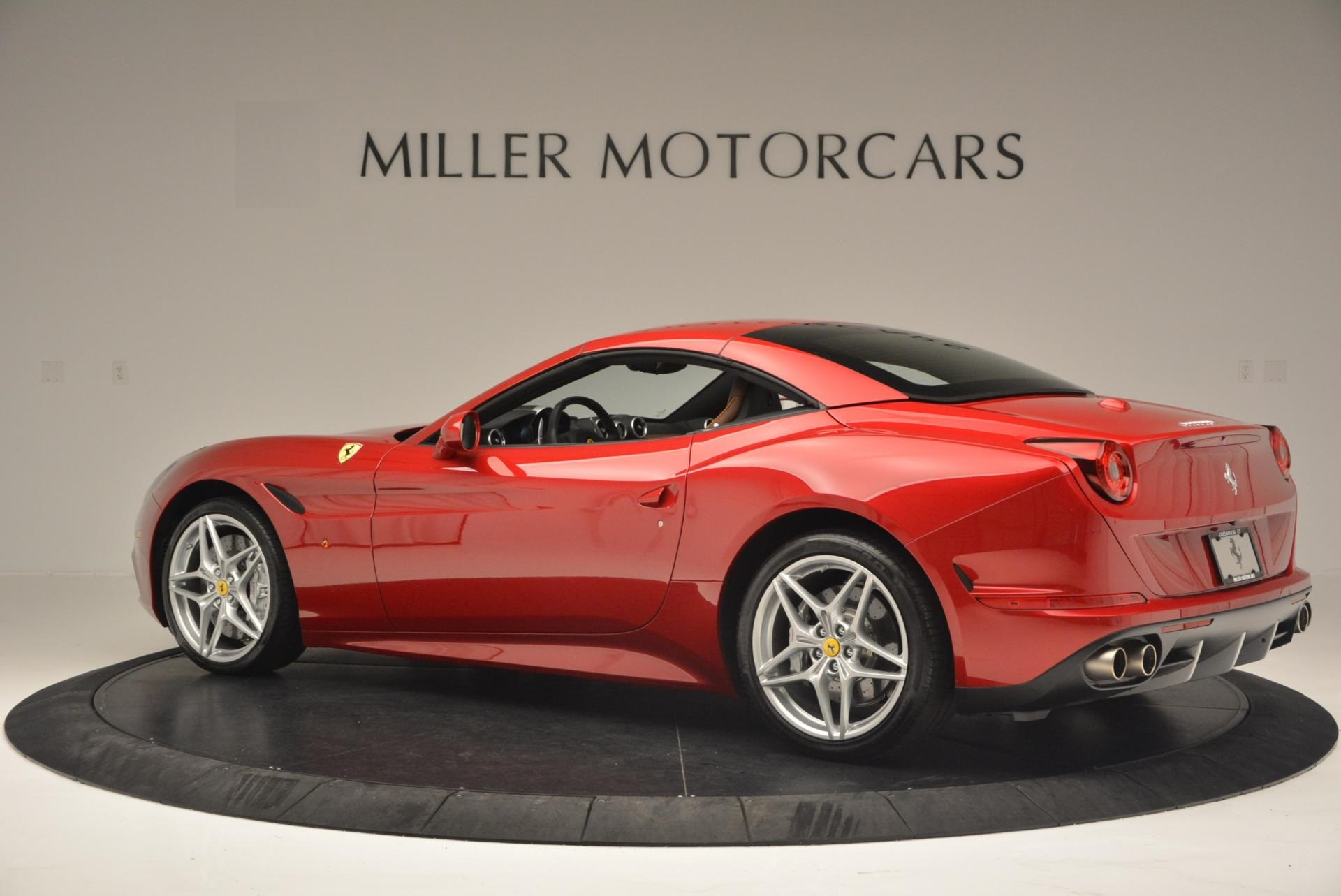 Used 2015 Ferrari California T  For Sale In Westport, CT 123_p16