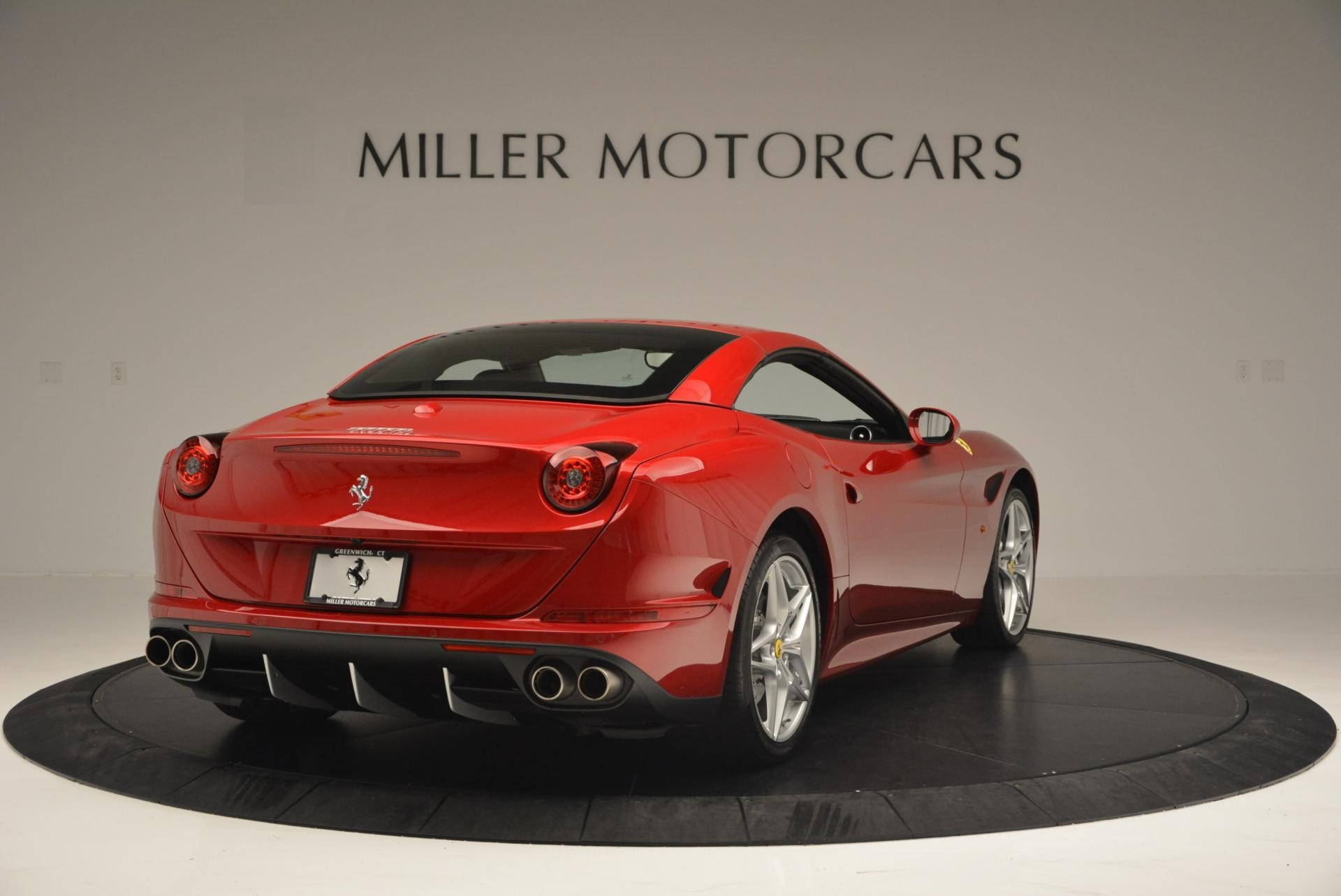 Used 2015 Ferrari California T  For Sale In Westport, CT 123_p19