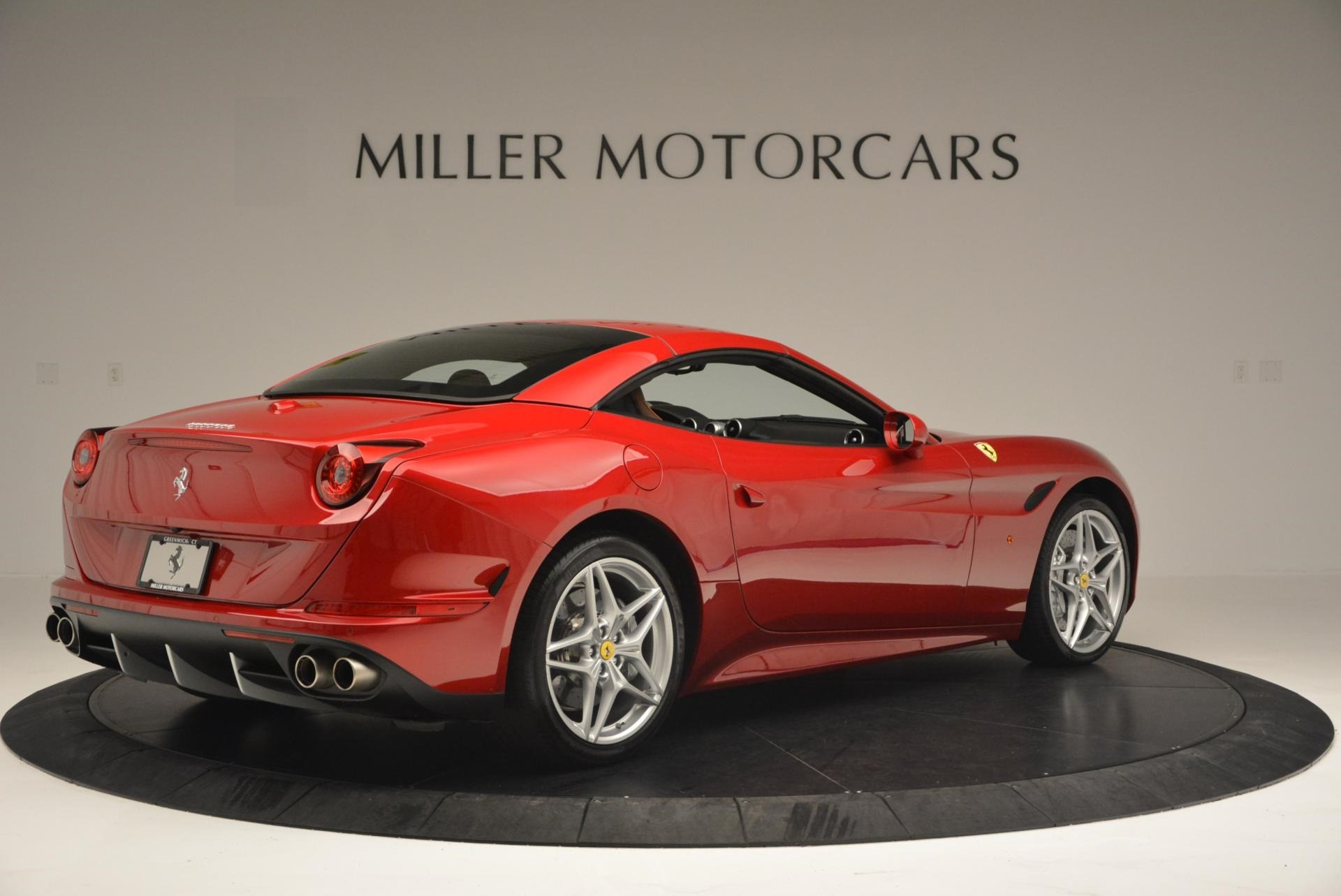 Used 2015 Ferrari California T  For Sale In Westport, CT 123_p20