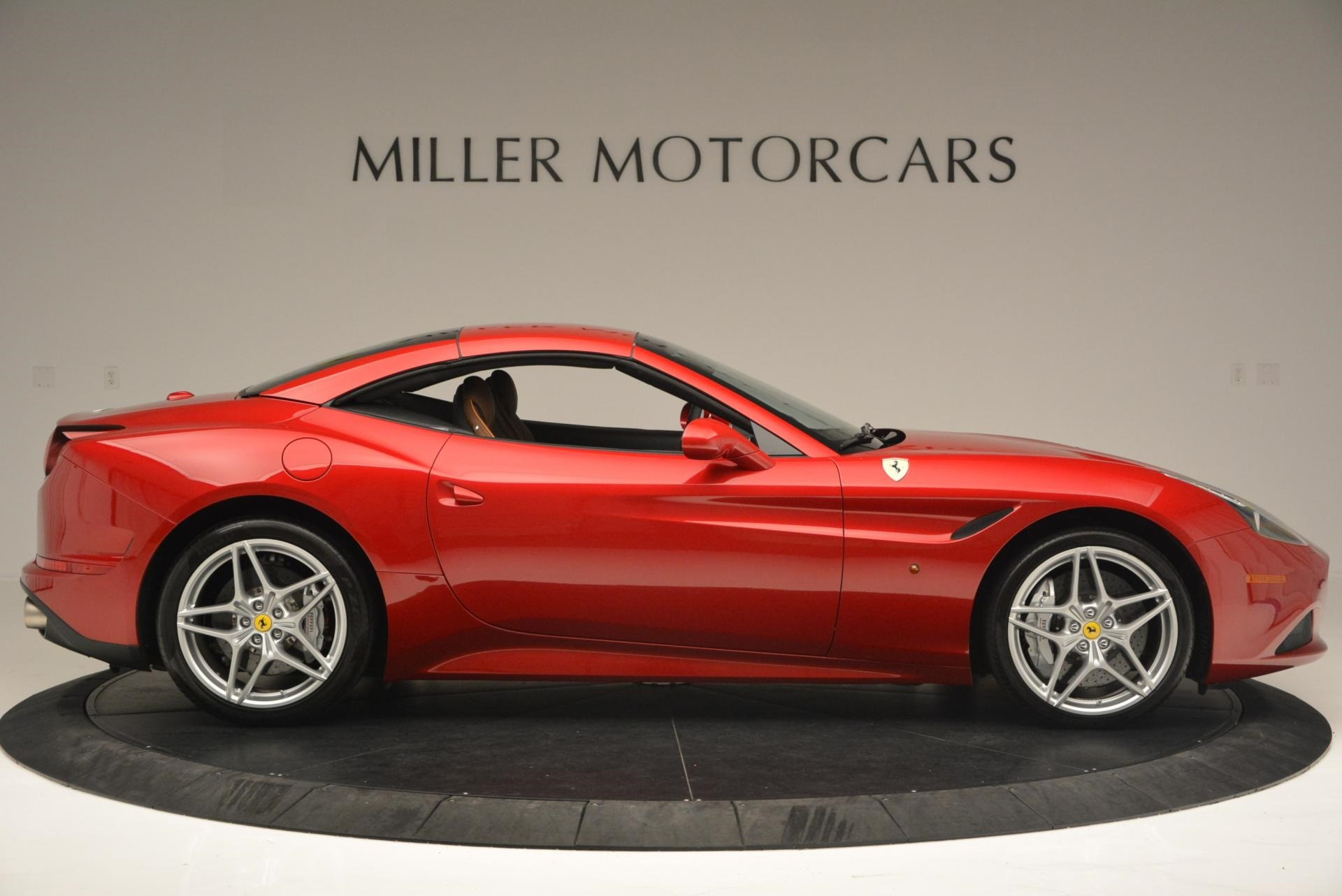 Used 2015 Ferrari California T  For Sale In Westport, CT 123_p21