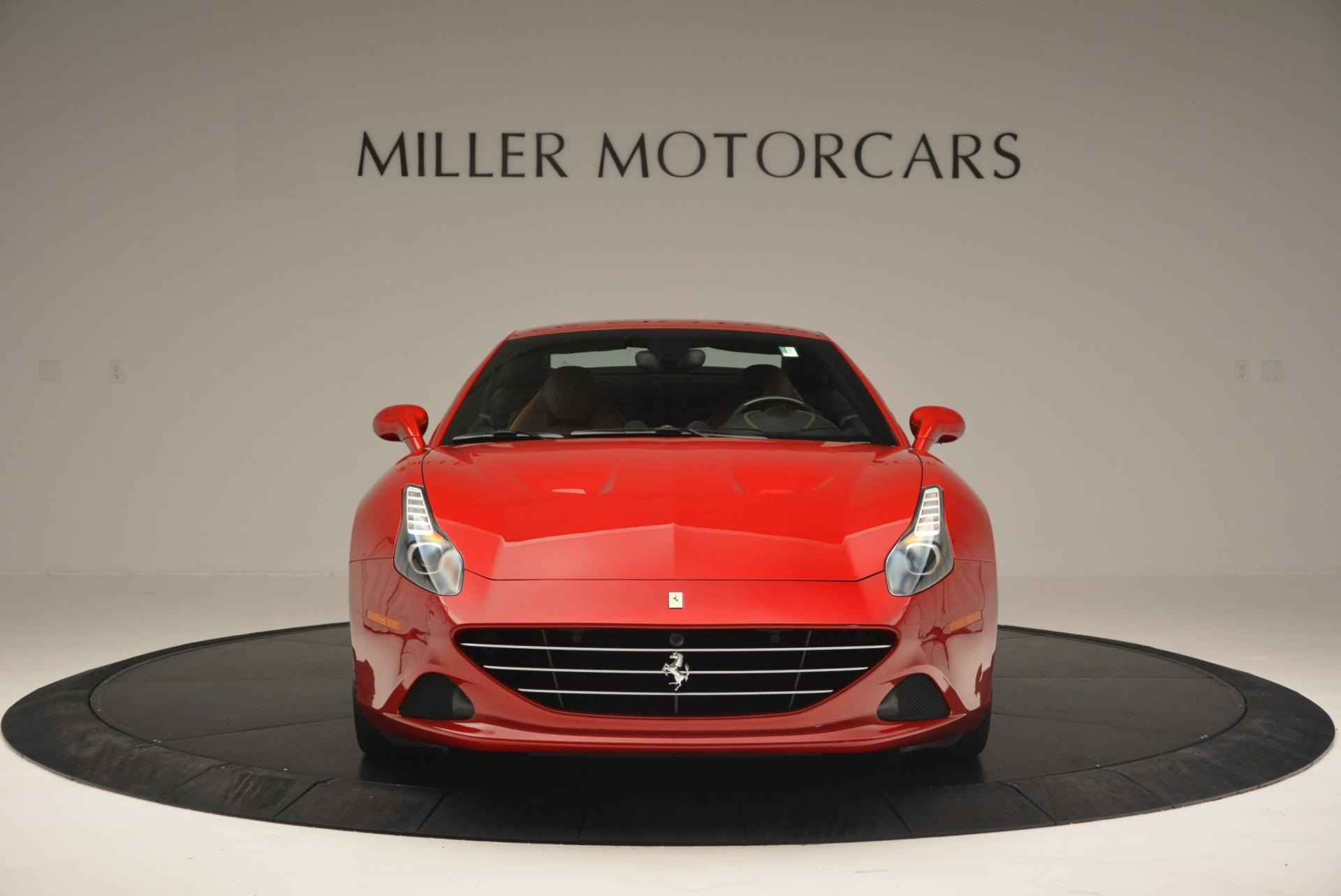 Used 2015 Ferrari California T  For Sale In Westport, CT 123_p24