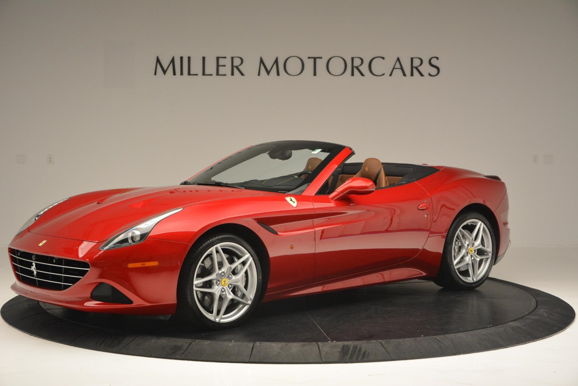 Used 2015 Ferrari California T  For Sale In Westport, CT 123_p2