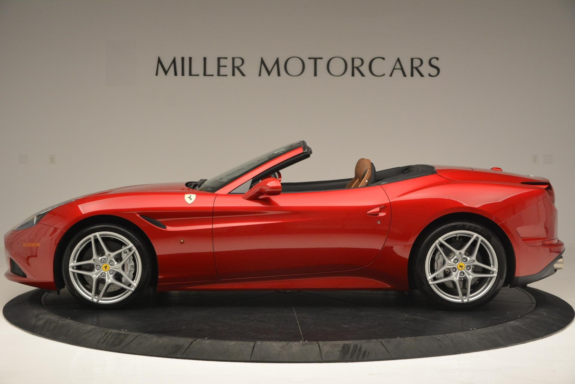 Used 2015 Ferrari California T  For Sale In Westport, CT 123_p3