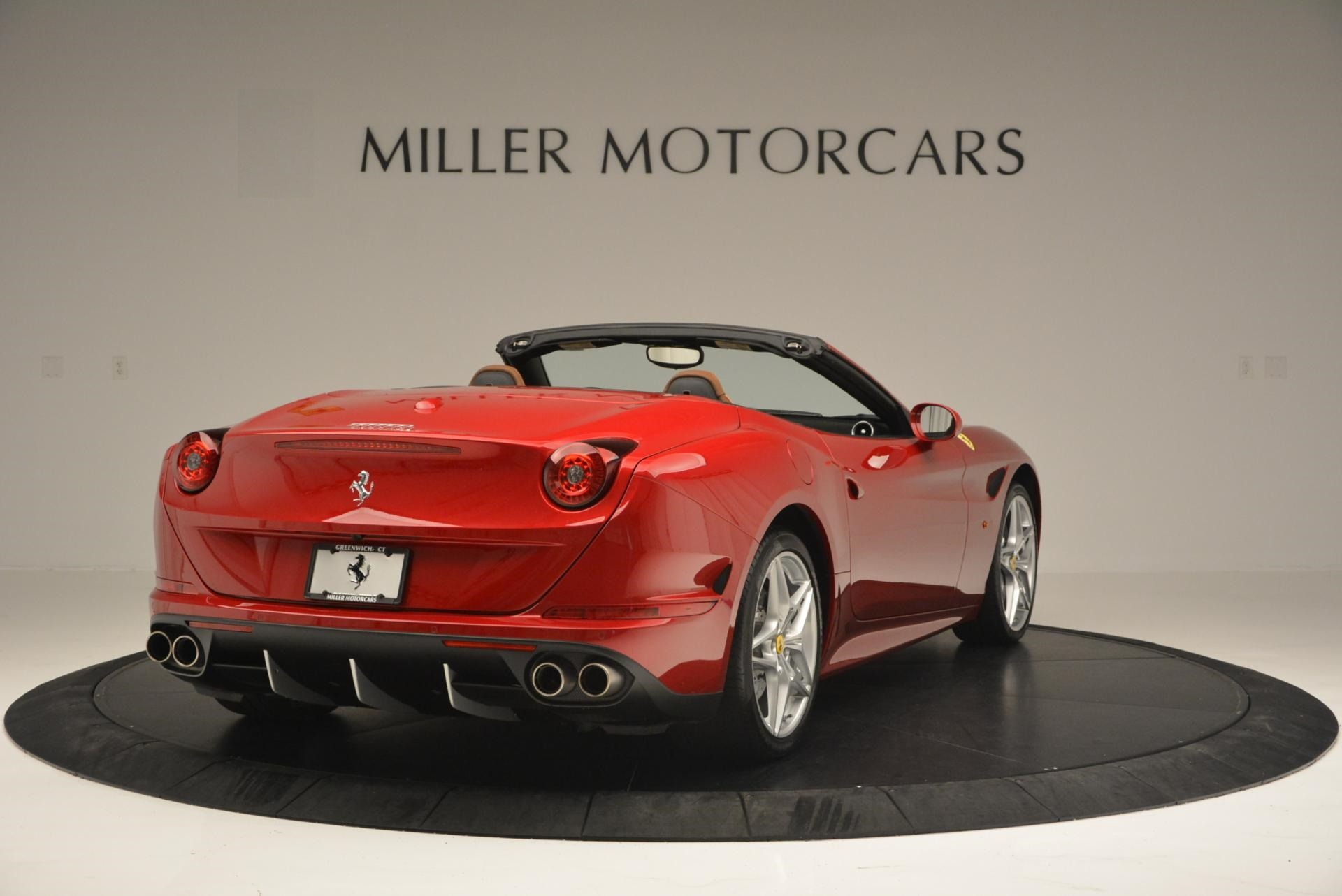 Used 2015 Ferrari California T  For Sale In Westport, CT 123_p7