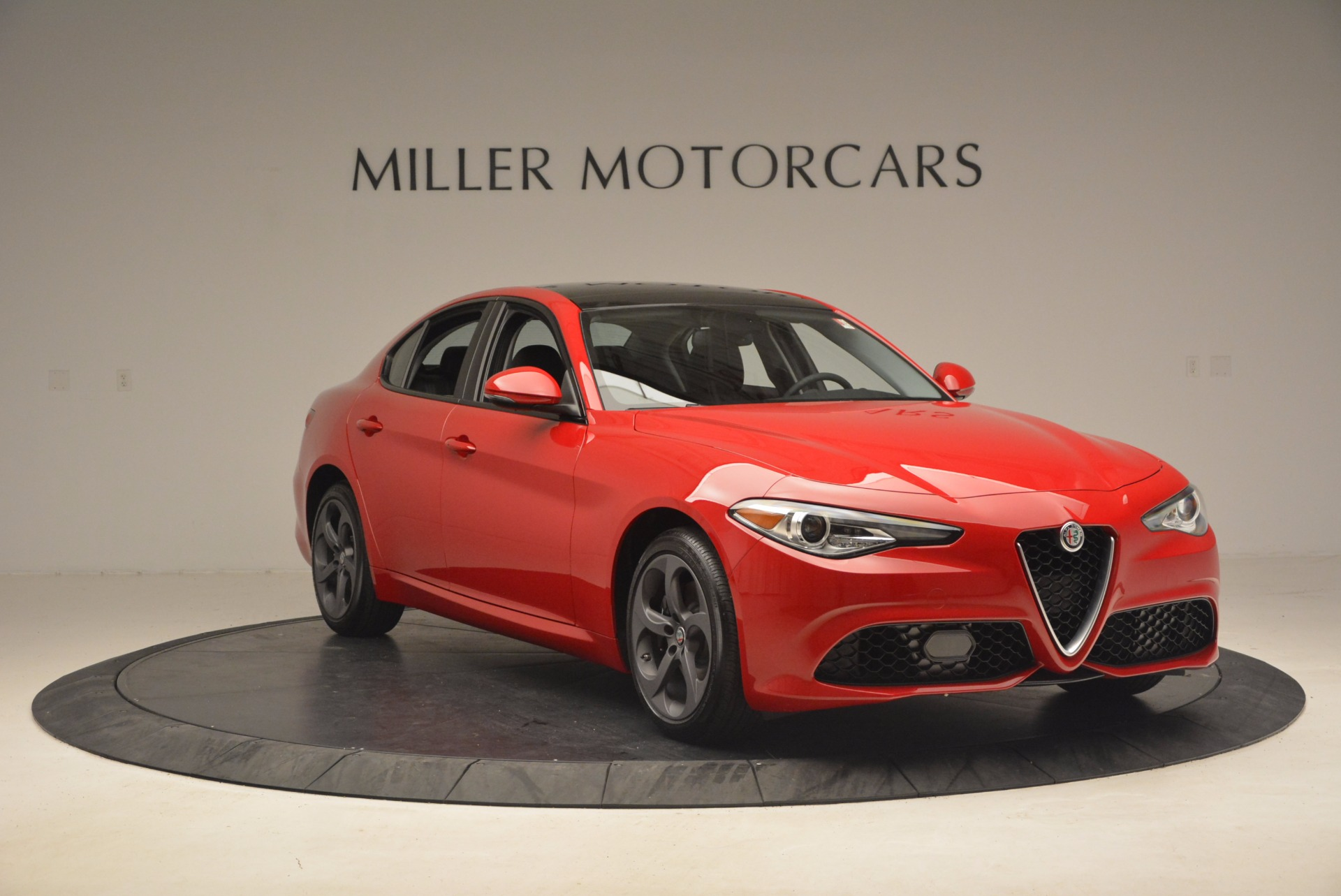 New 2017 Alfa Romeo Giulia Q4 For Sale In Westport, CT 1239_p11