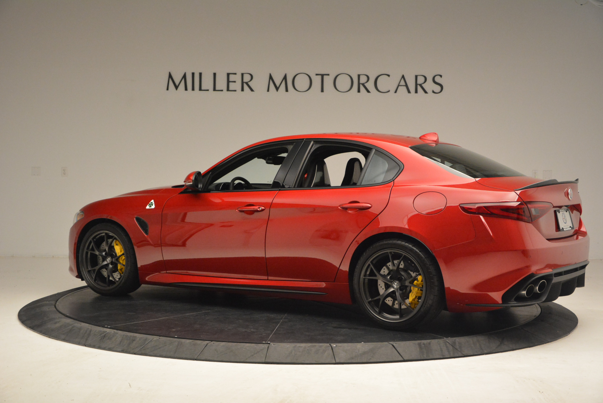 Used 2017 Alfa Romeo Giulia Quadrifoglio For Sale In Westport, CT 1245_p4