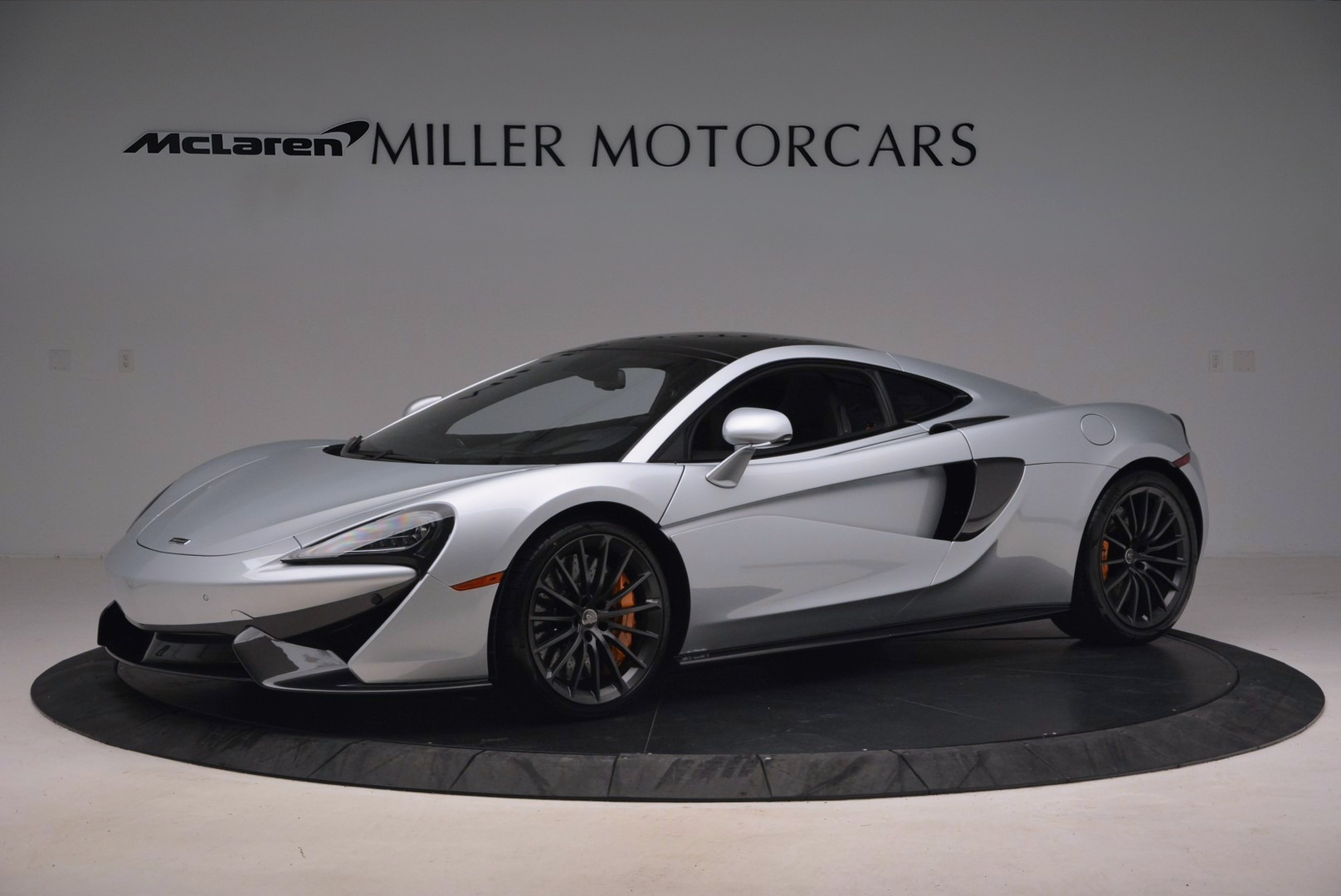 Used 2017 McLaren 570GT  For Sale In Westport, CT 1254_p2