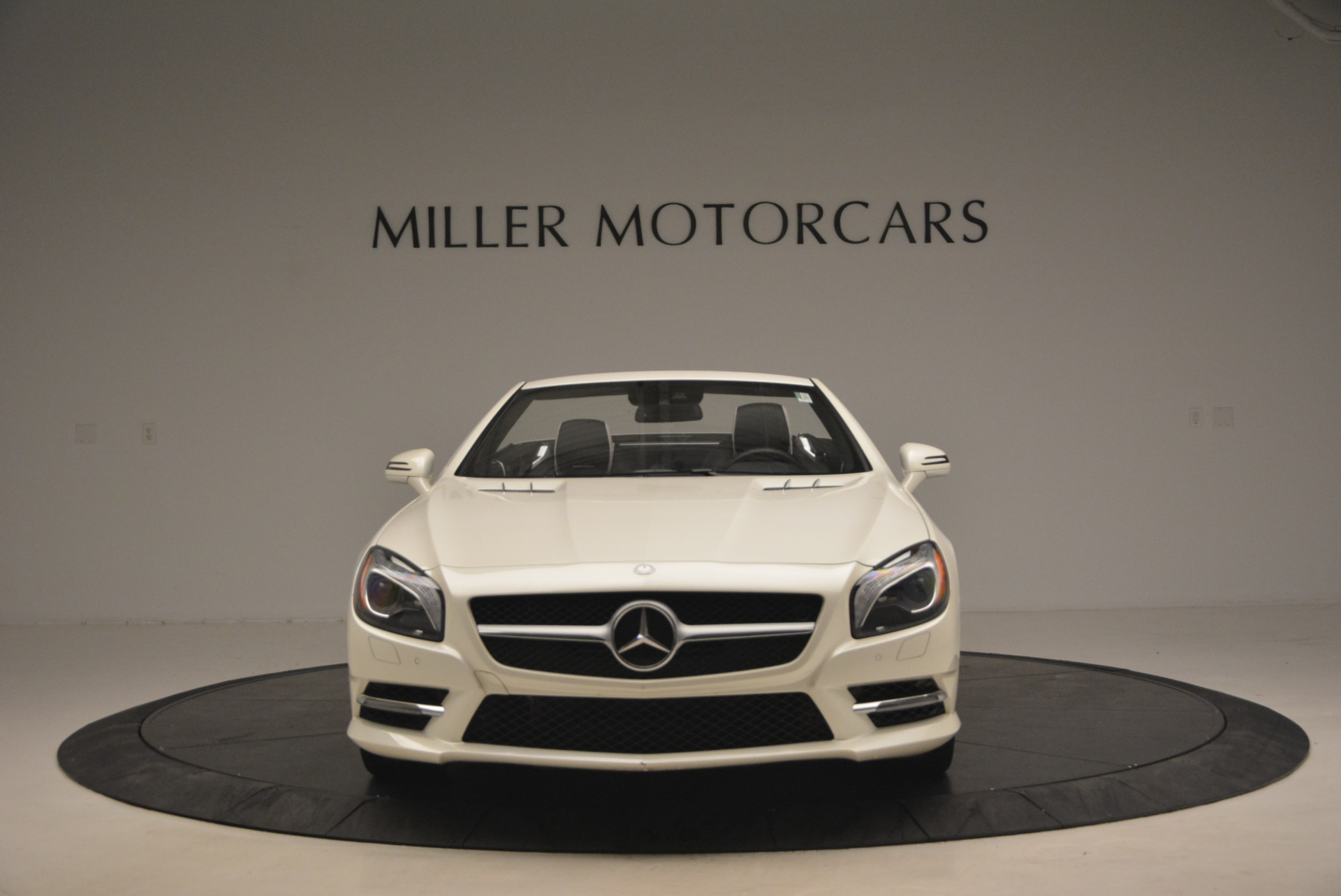 Used 2015 Mercedes Benz SL-Class SL 550 For Sale In Westport, CT 1261_p13