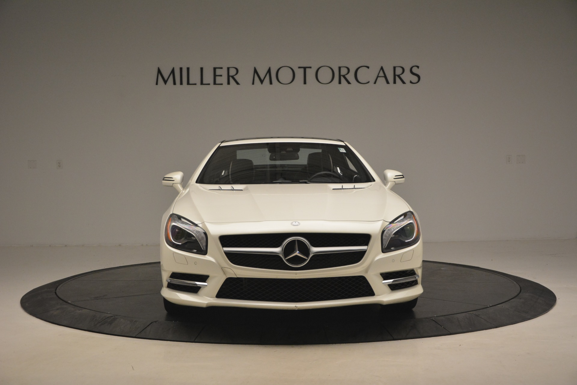 Used 2015 Mercedes Benz SL-Class SL 550 For Sale In Westport, CT 1261_p14