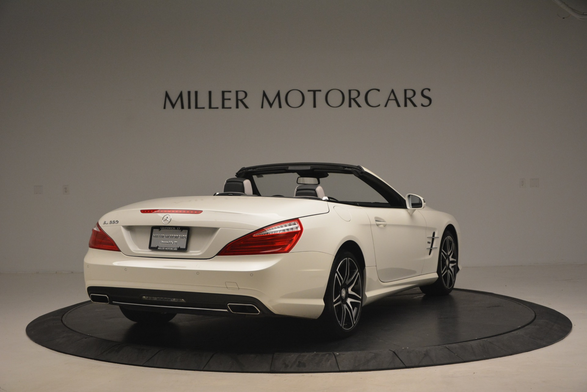 Used 2015 Mercedes Benz SL-Class SL 550 For Sale In Westport, CT 1261_p7