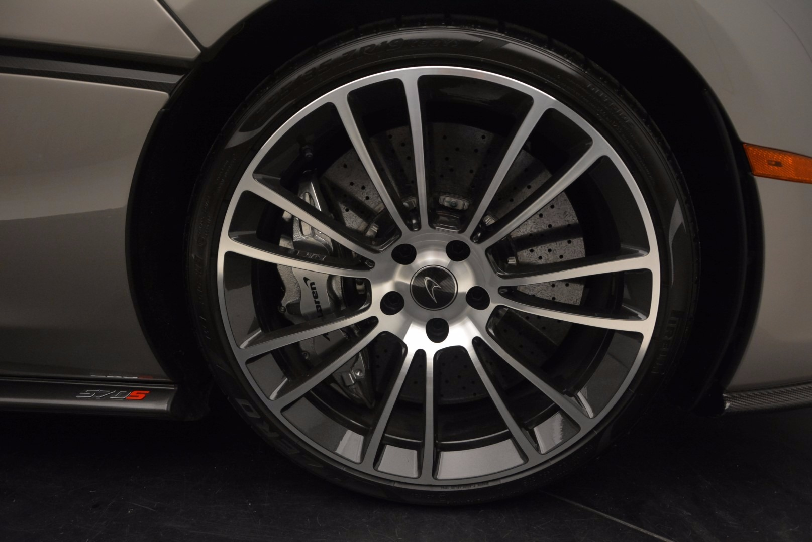 Used 2016 McLaren 570S  For Sale In Westport, CT 1267_p21