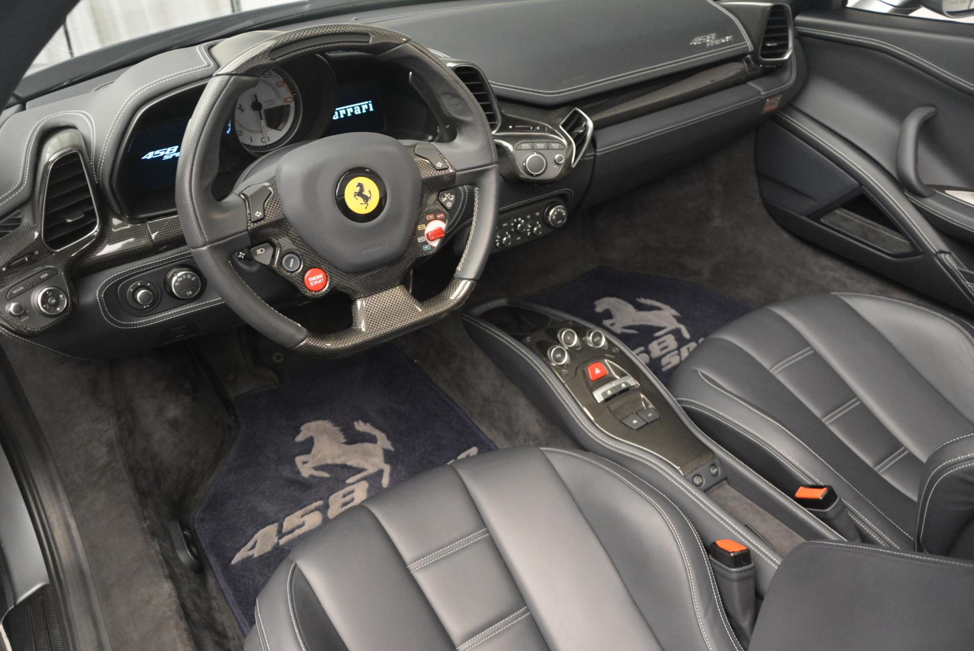 Used 2013 Ferrari 458 Spider  For Sale In Westport, CT 128_p25