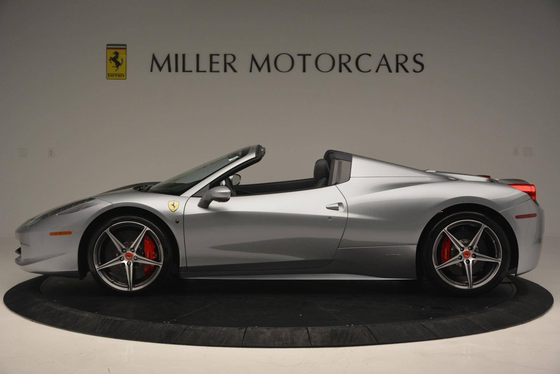 Used 2013 Ferrari 458 Spider  For Sale In Westport, CT 128_p3