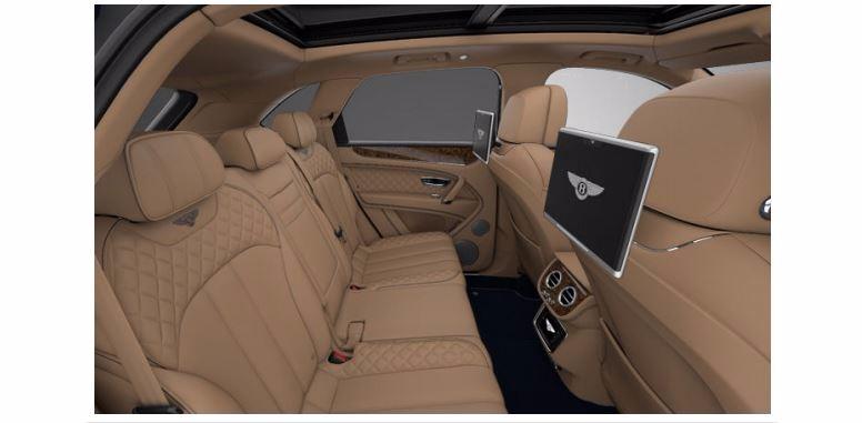 Used 2017 Bentley Bentayga  For Sale In Westport, CT 1280_p7
