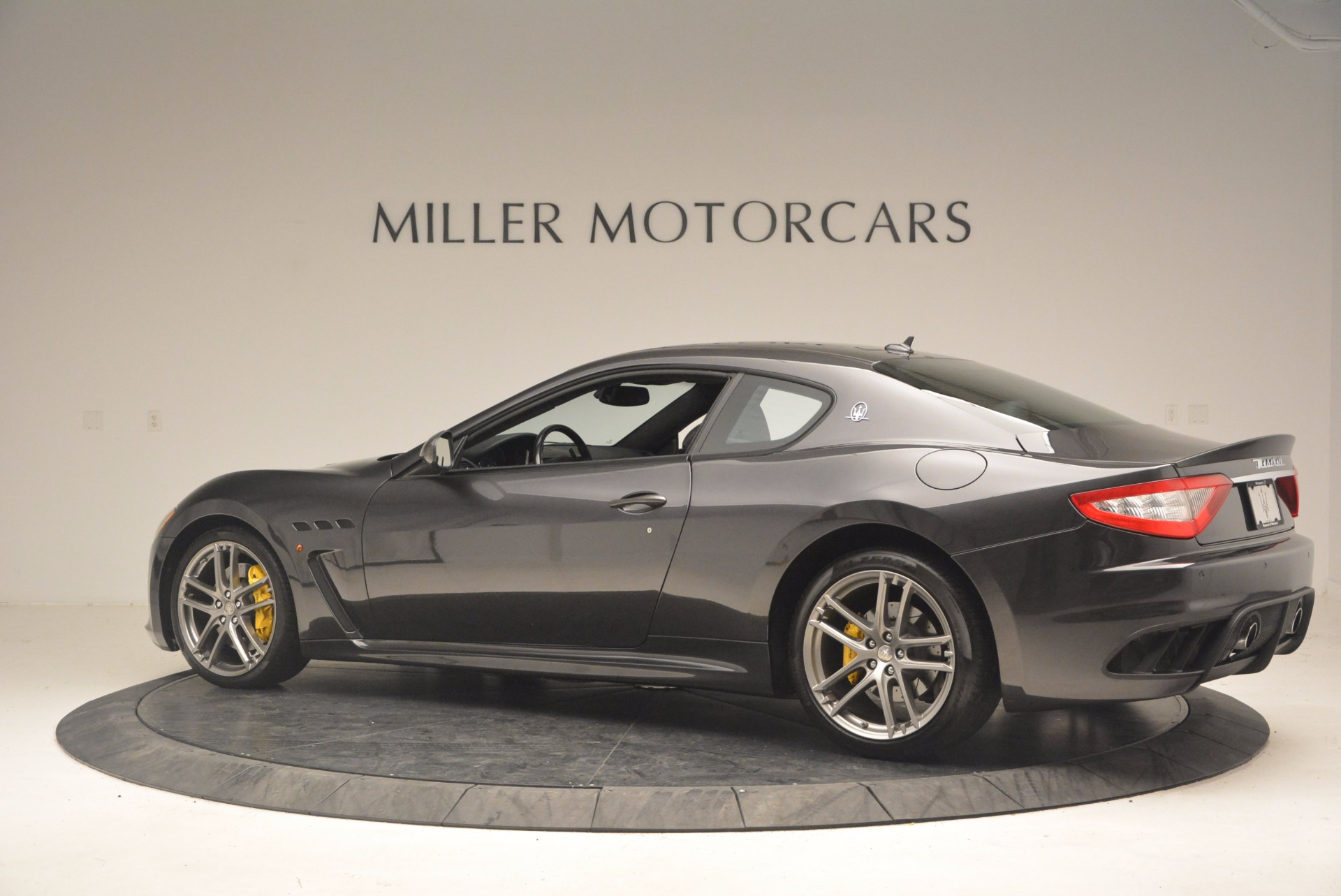 Used 2012 Maserati GranTurismo MC For Sale In Westport, CT 1284_p4