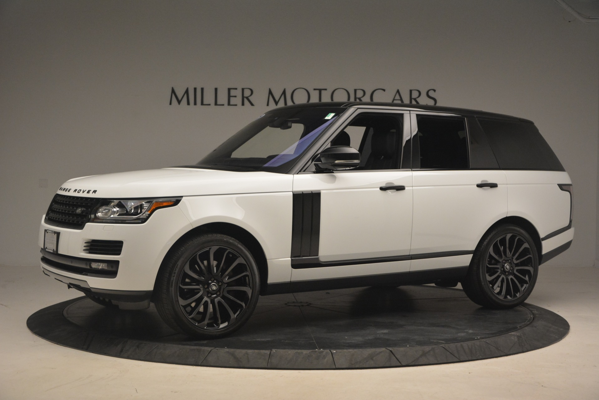 Used 2015 Land Rover Range Rover Supercharged For Sale In Westport, CT 1292_p2