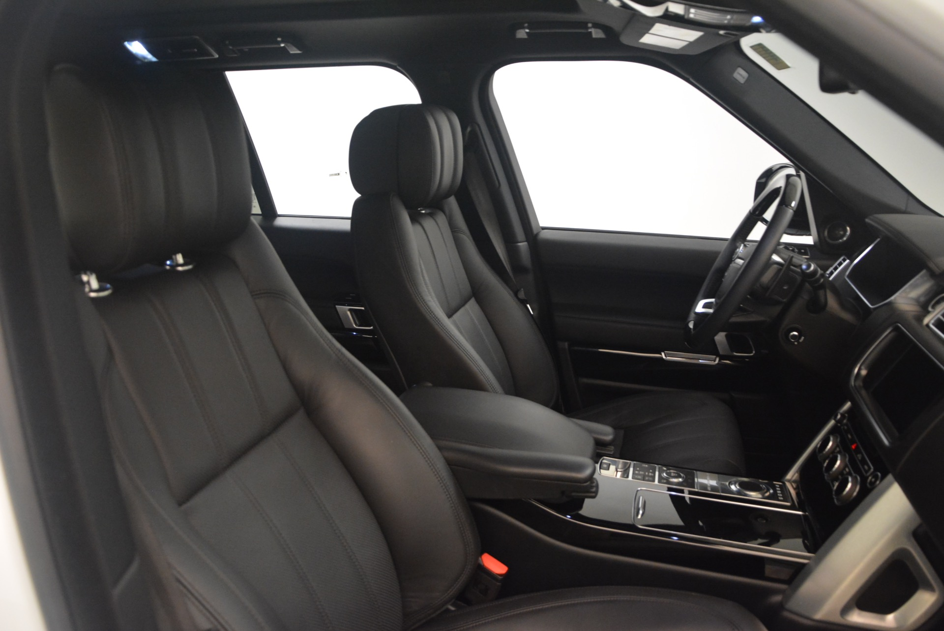 Used 2015 Land Rover Range Rover Supercharged For Sale In Westport, CT 1292_p30